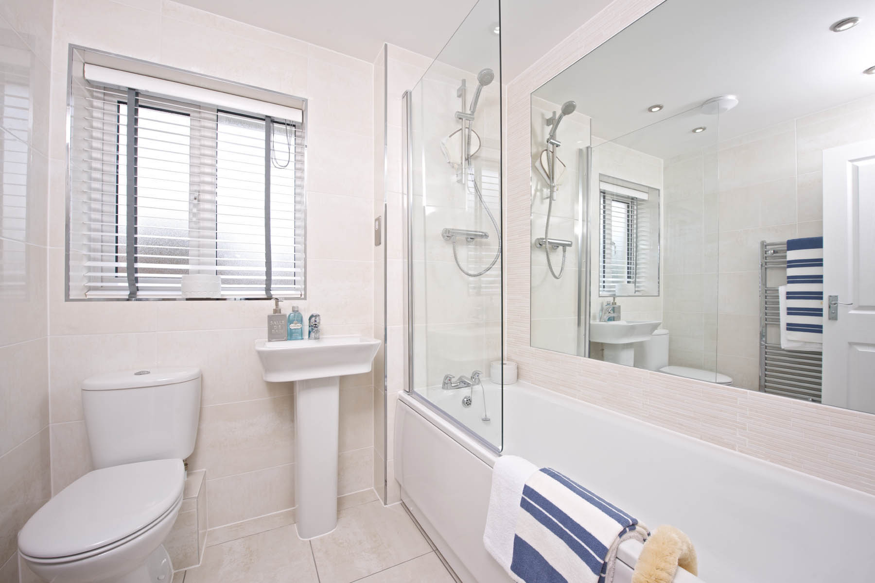 TW Exeter - Sherford - Larch example bathroom