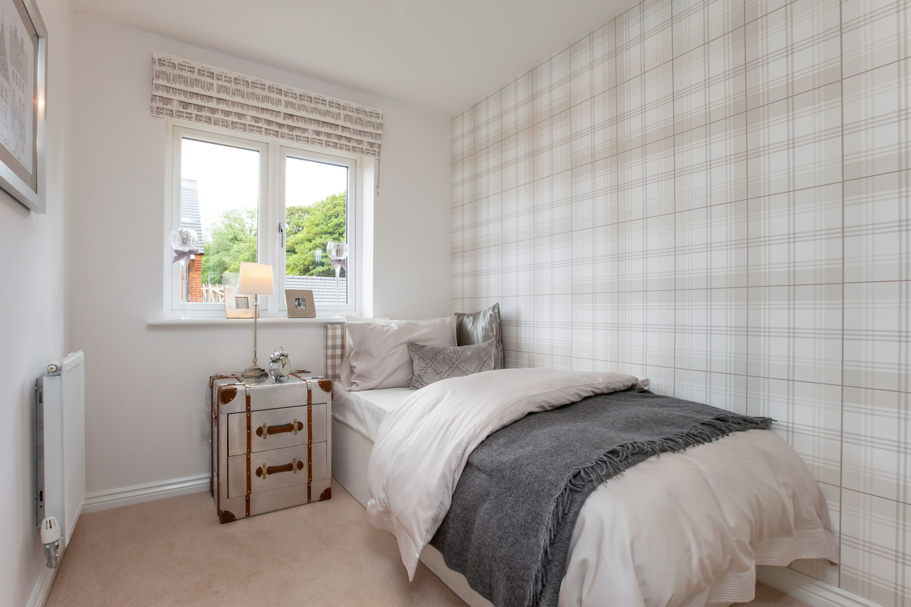 Taylor Wimpey Exeter - Sherford - Willow example bedroom 3