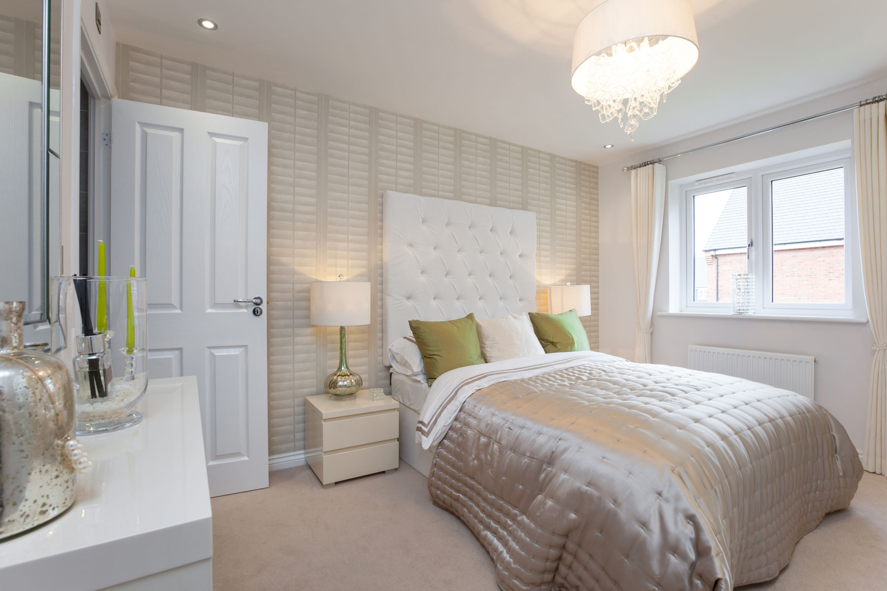 Taylor Wimpey Exeter - Sherford - Willow example bedroom
