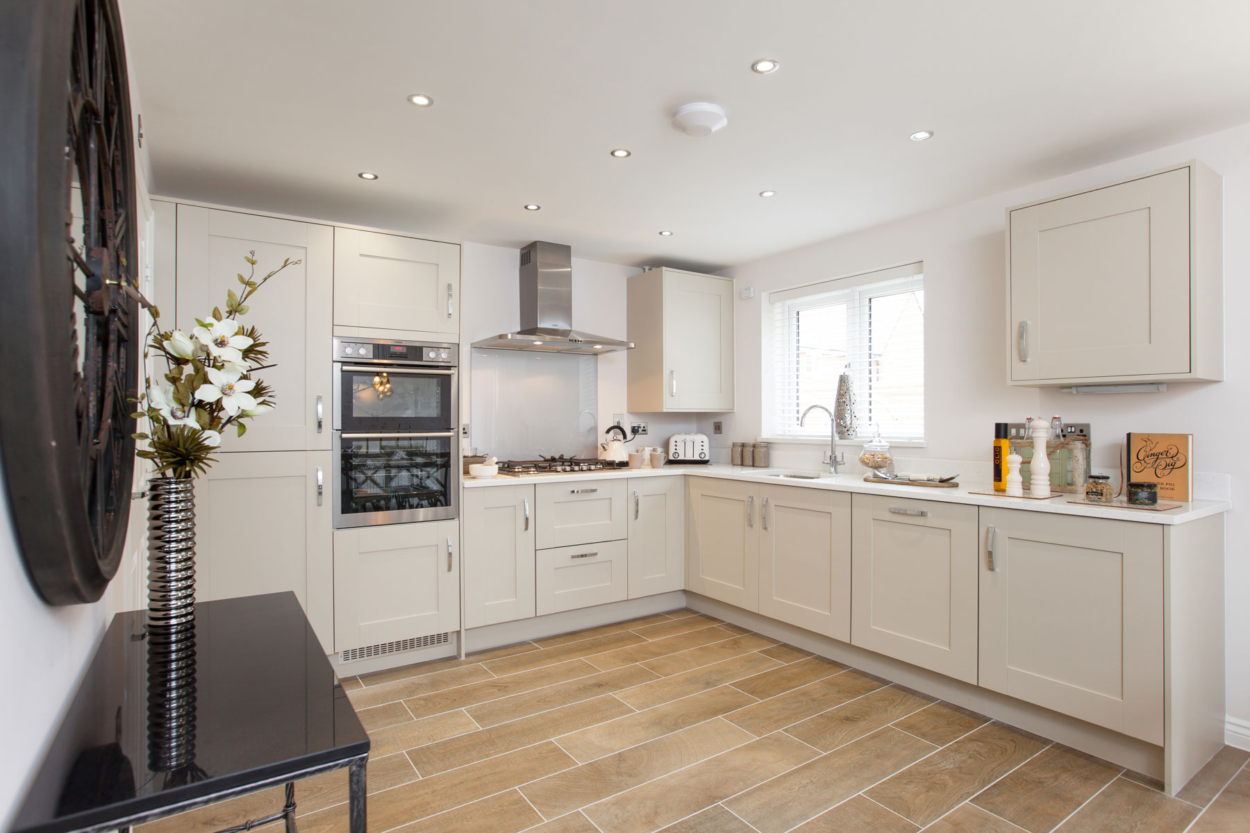 Taylor Wimpey Exeter - Sherford - Willow example kitchen 2