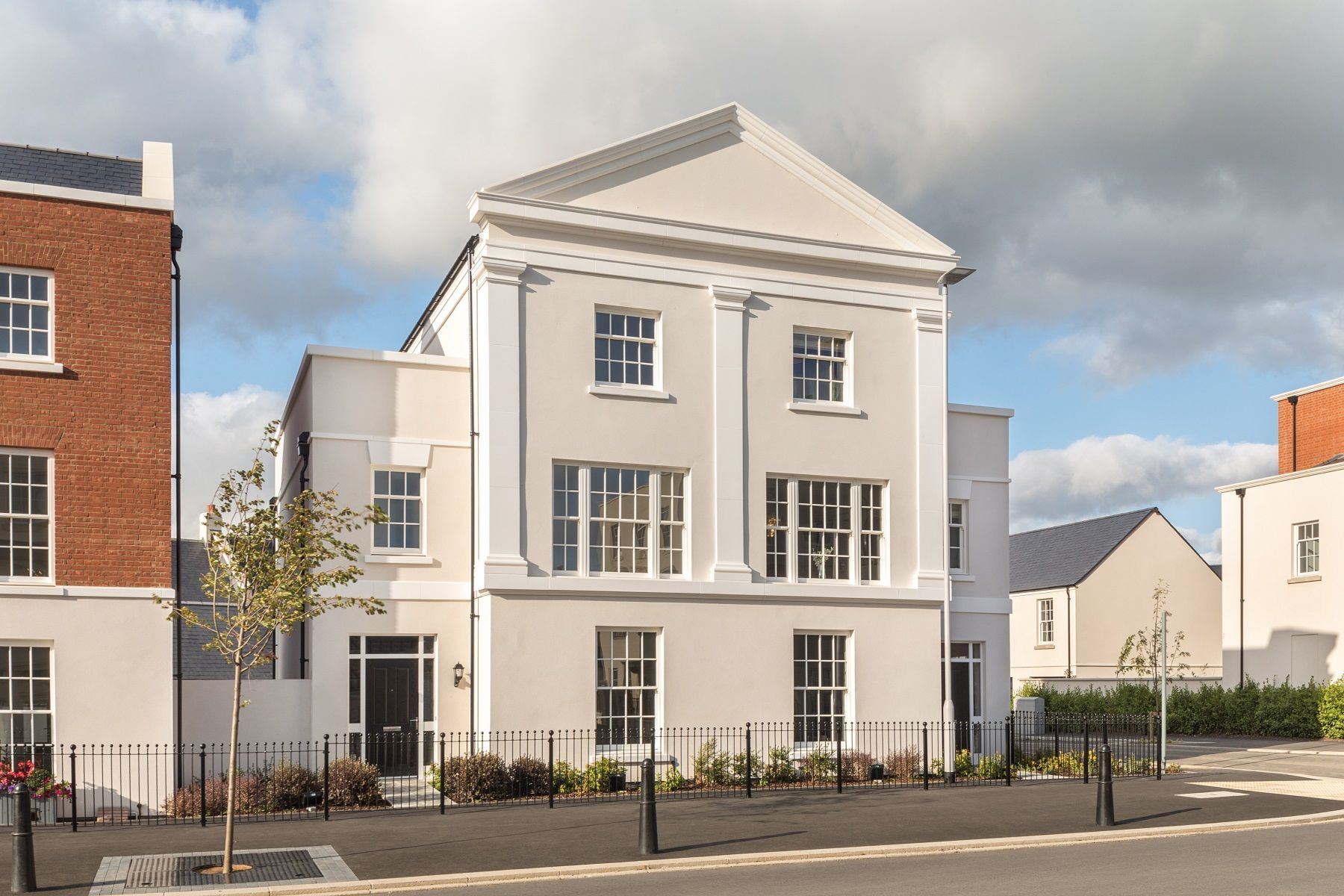 TW Exeter - Sherford - Redwood Show home