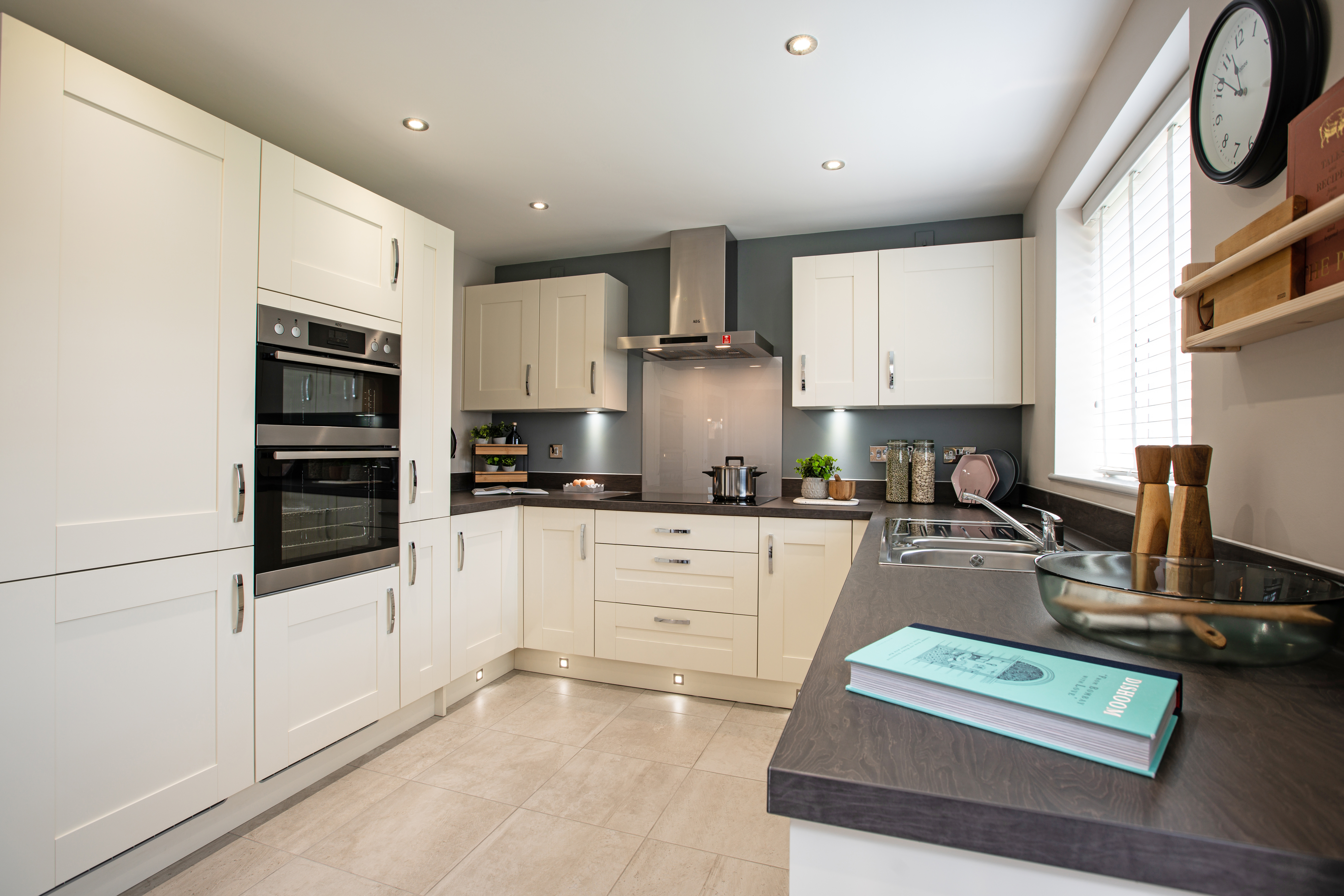 TW NM_Thornberry Hill_PD410_Eynsham_Kitchen 1