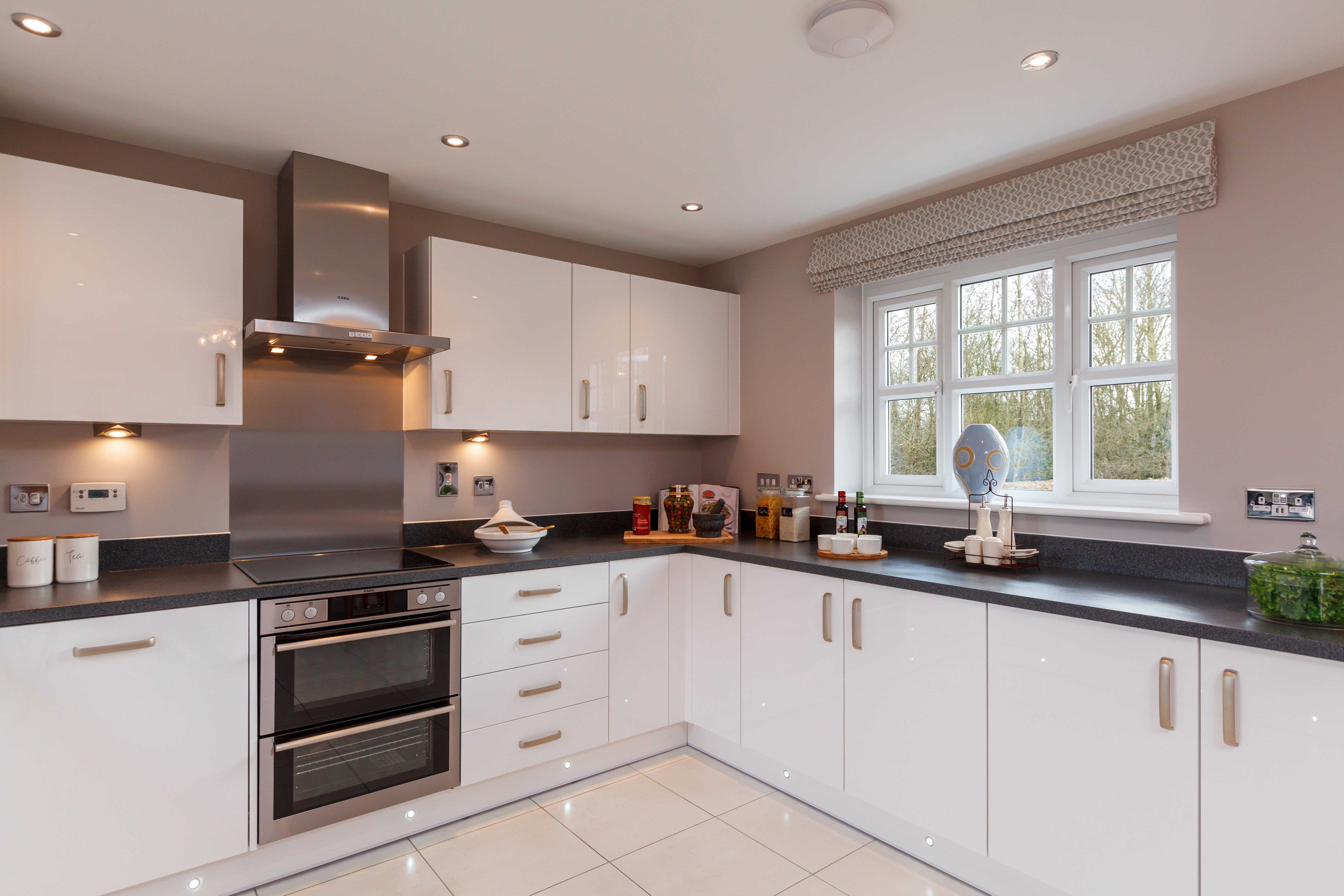 TW EA_The_Alders_Langdale_Kitchen 2