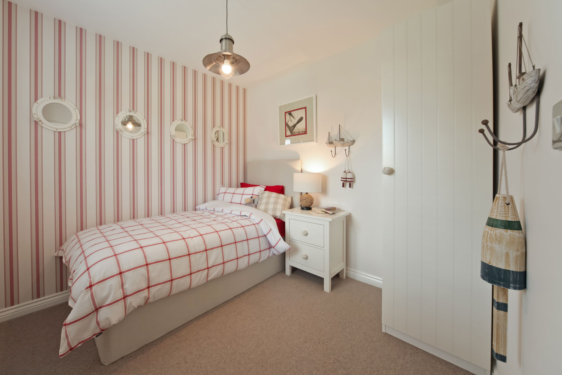 021_WV_Downham_Bedroom_4
