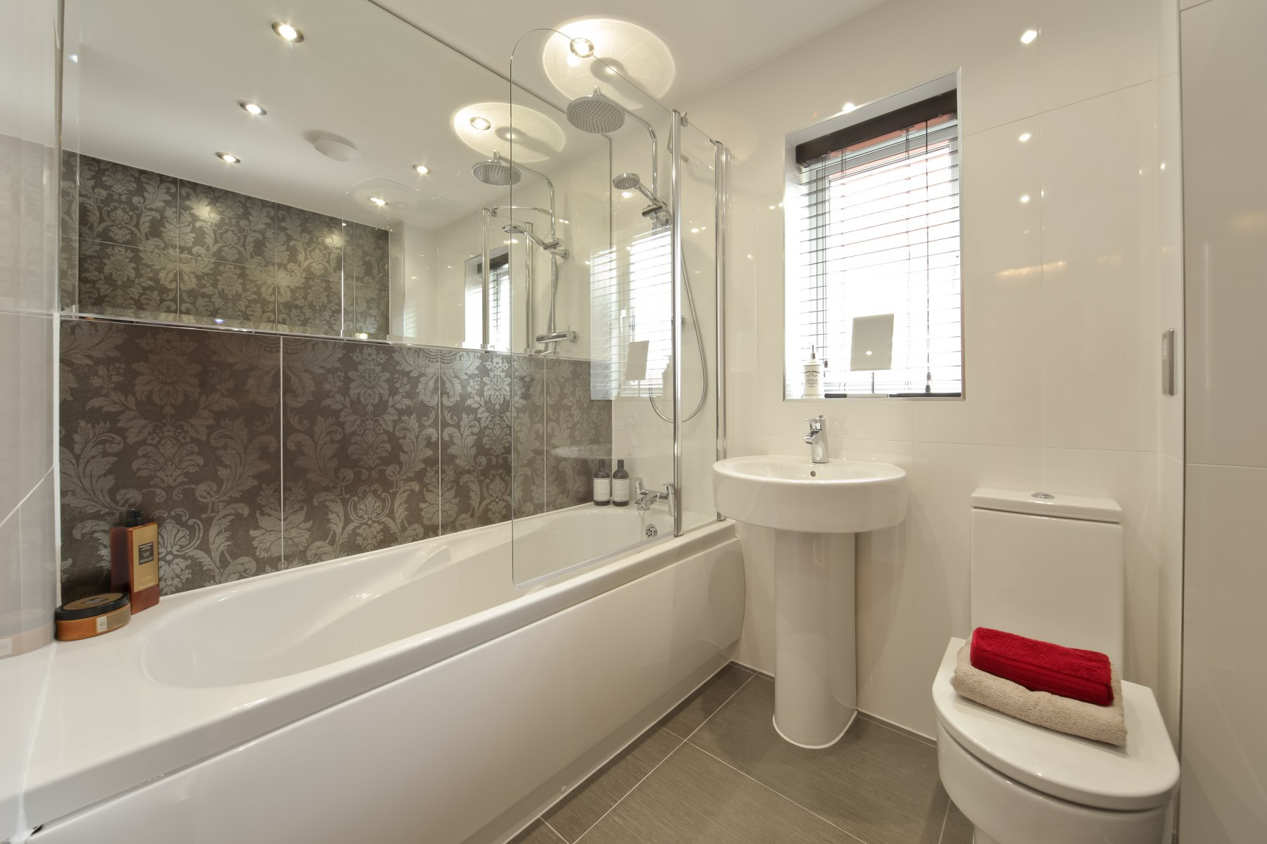 023_WV_Downham_Bathroom