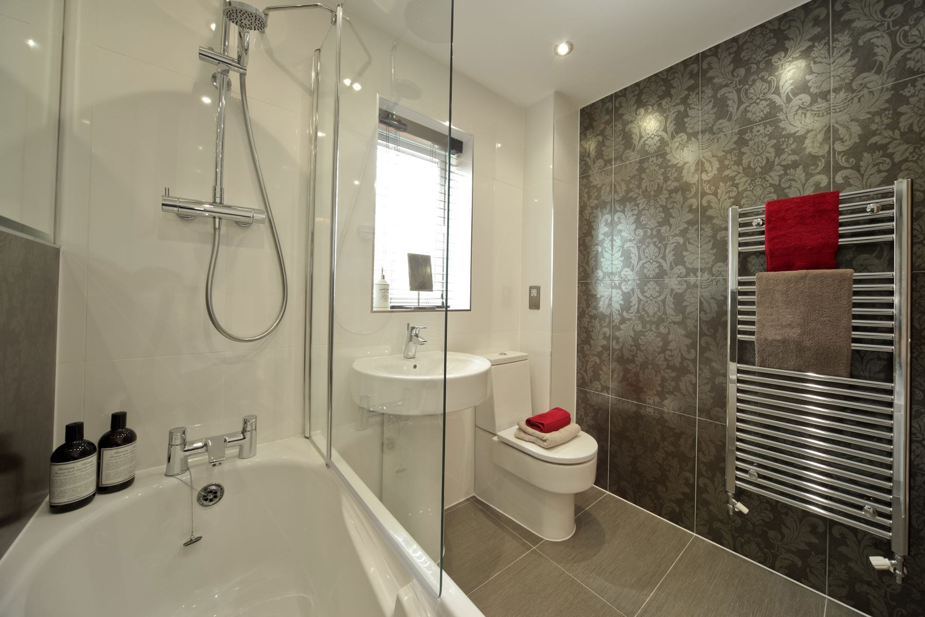 024_WV_Downham_Bathroom