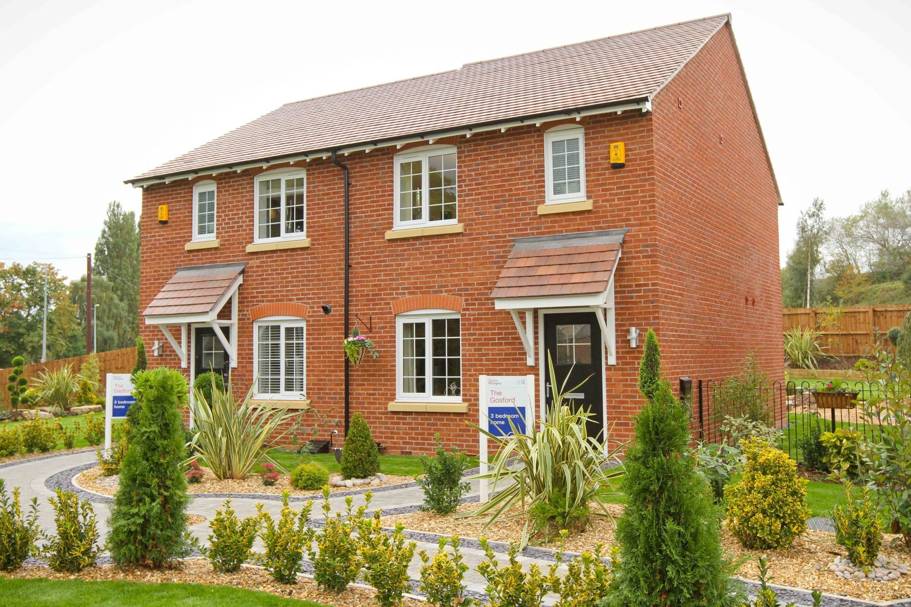 Winnington Village Gosford & Dadford Showhomes