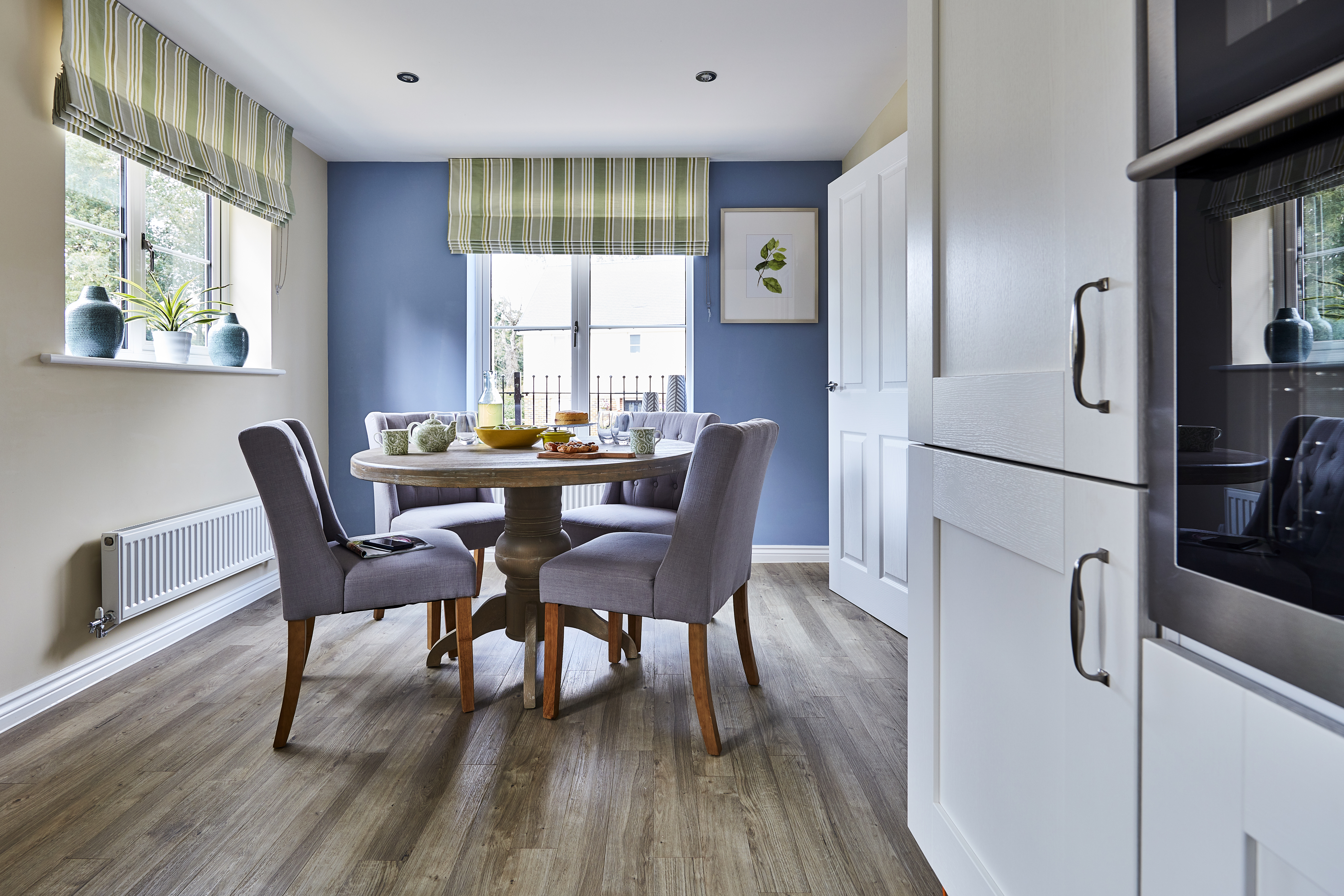 TW SC Oak Park_Liphook_PT36_Easedale_Kitchen_Dining