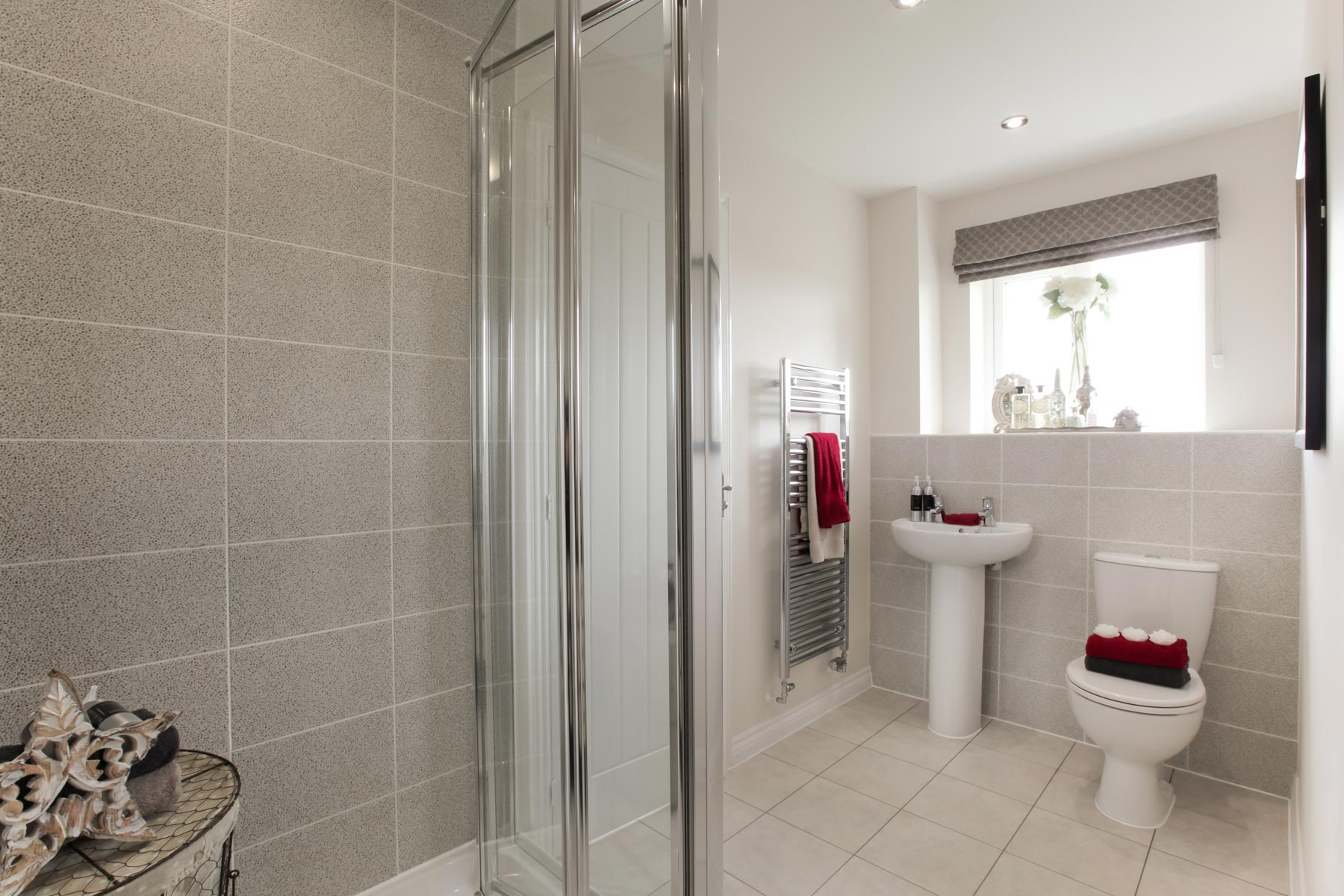 FA Heydon family bathroom 2