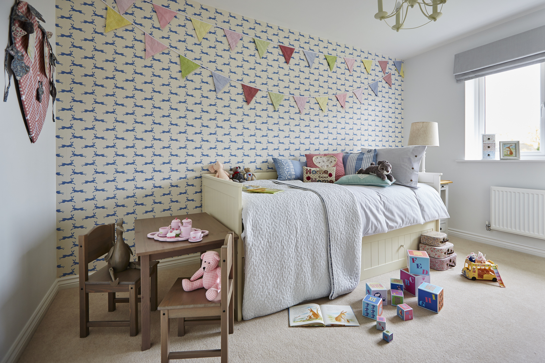 tw_westmids_nursery_meadow_barford_pa49_thornford_childs_bedroom