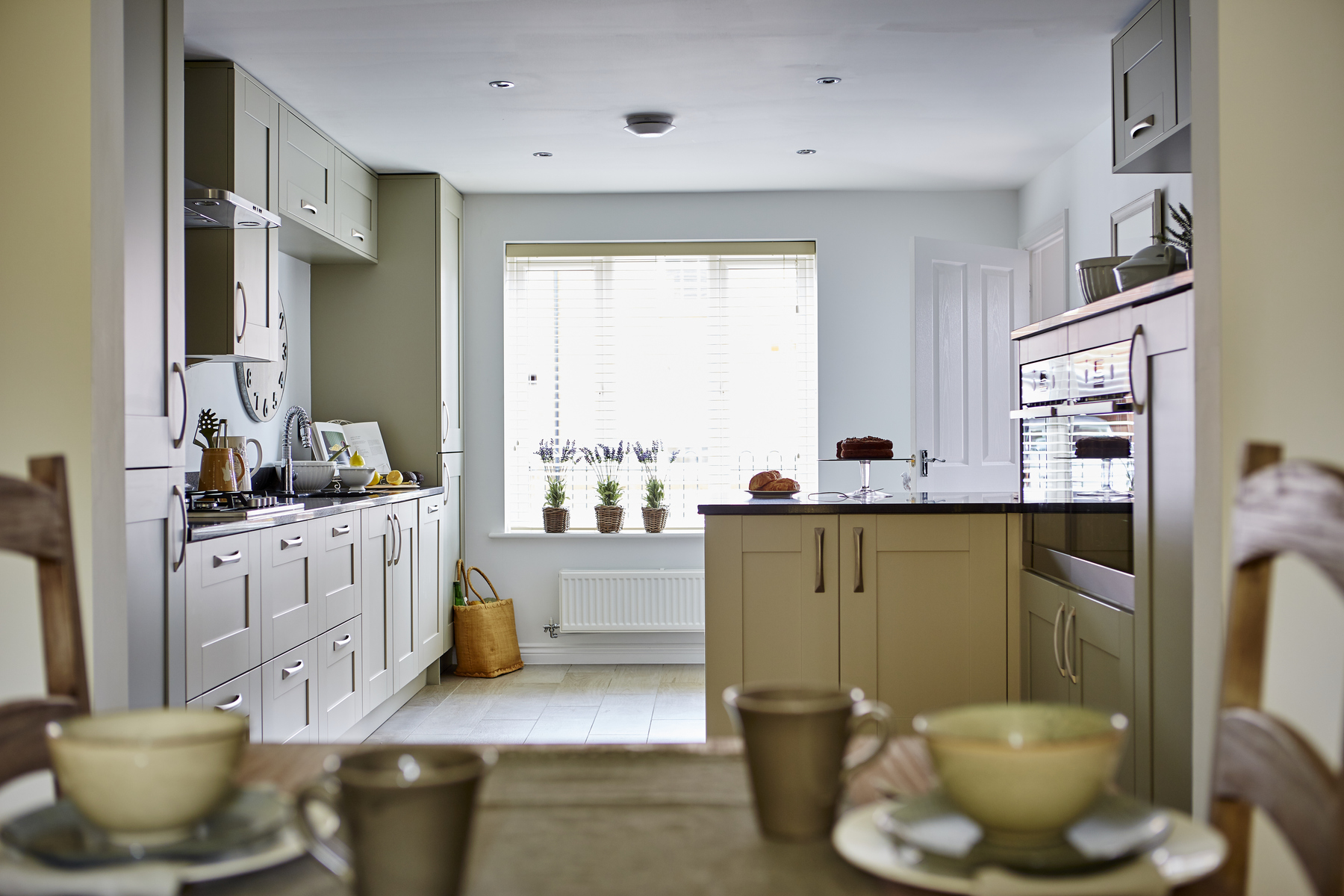 tw_westmids_nursery_meadow_pa49_thornford_kitchen_2
