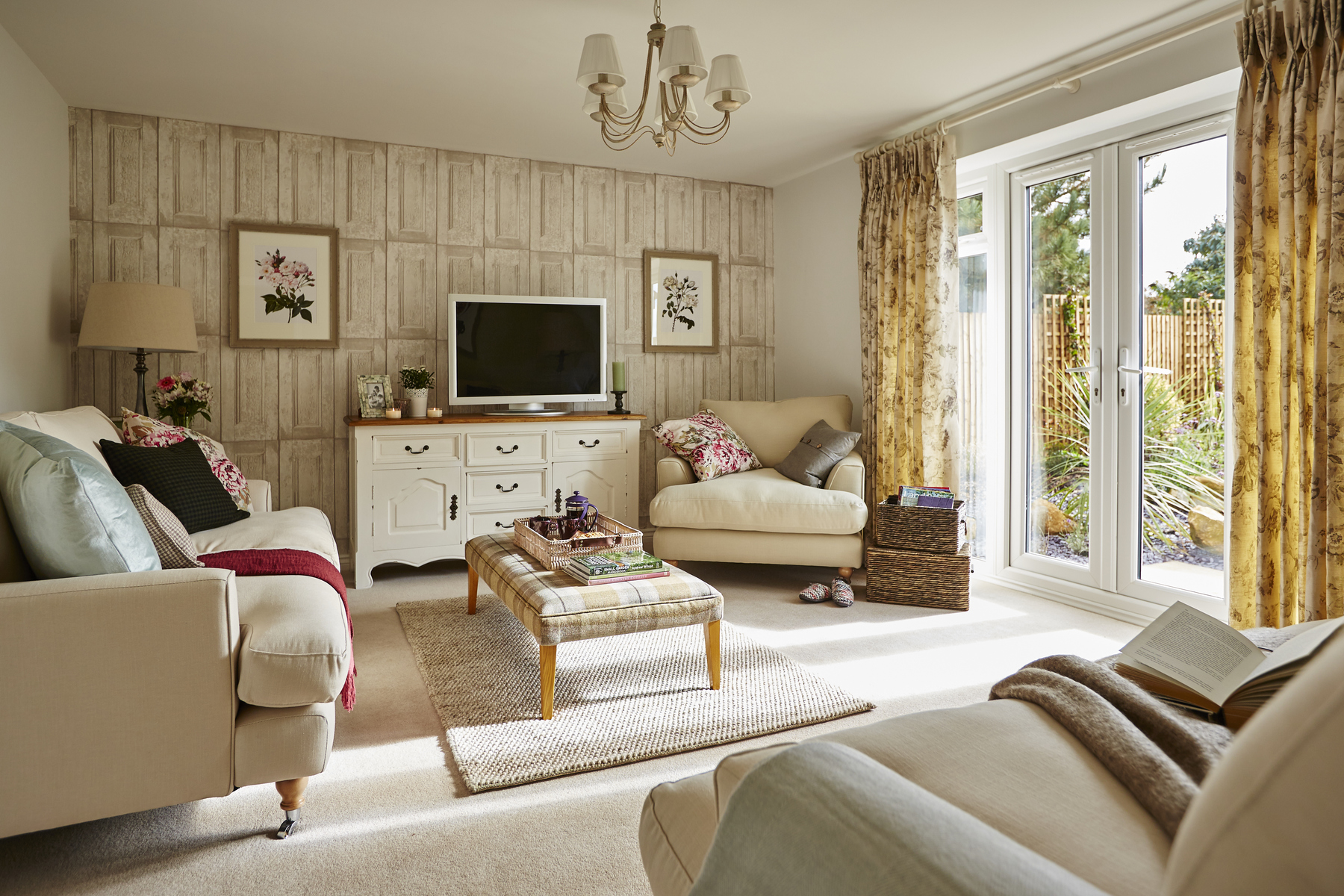 tw_westmids_nursery_meadow_pa49_thornford_lounge