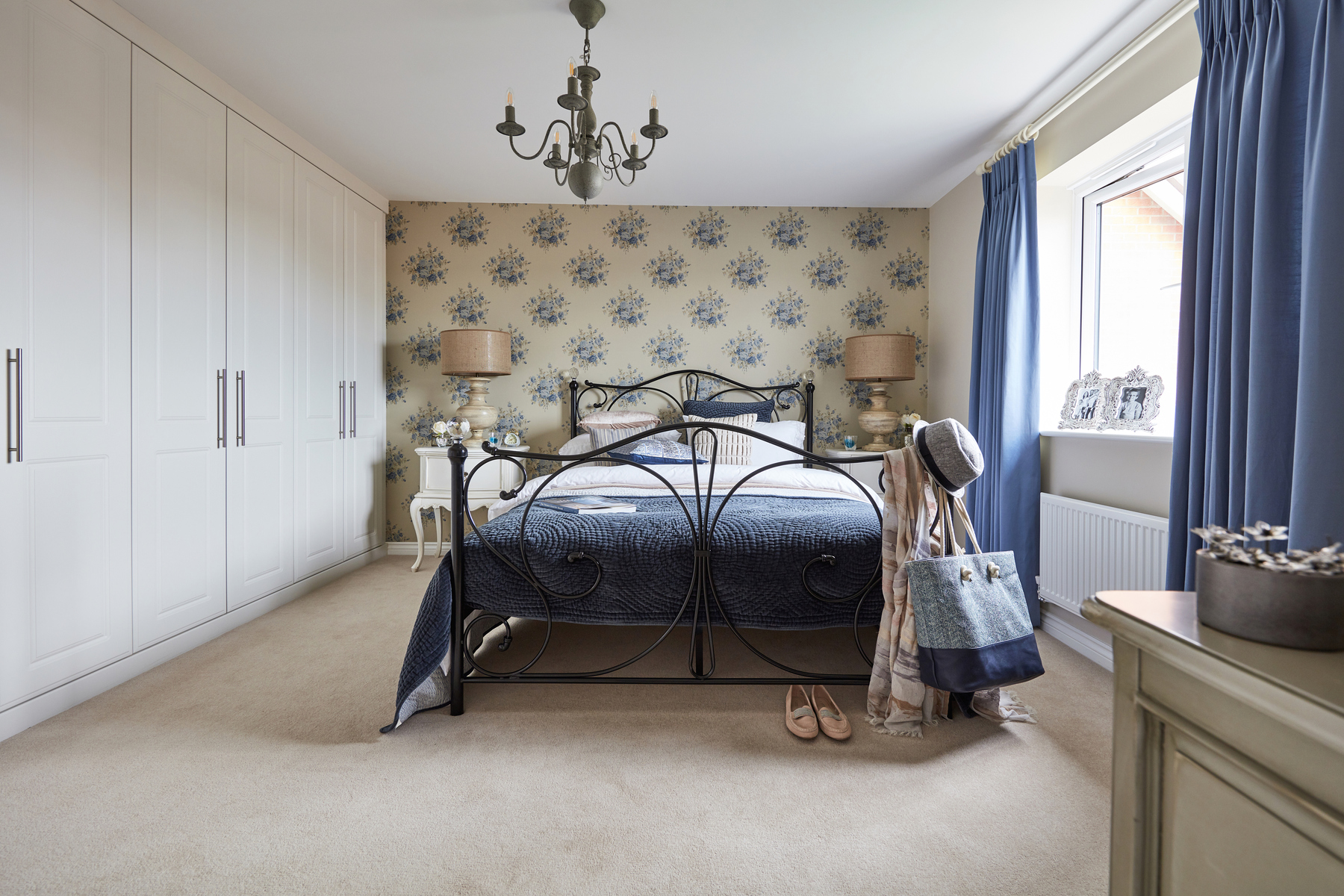 TWMids_Langton Green_Stone_Heydon_Master bedroom