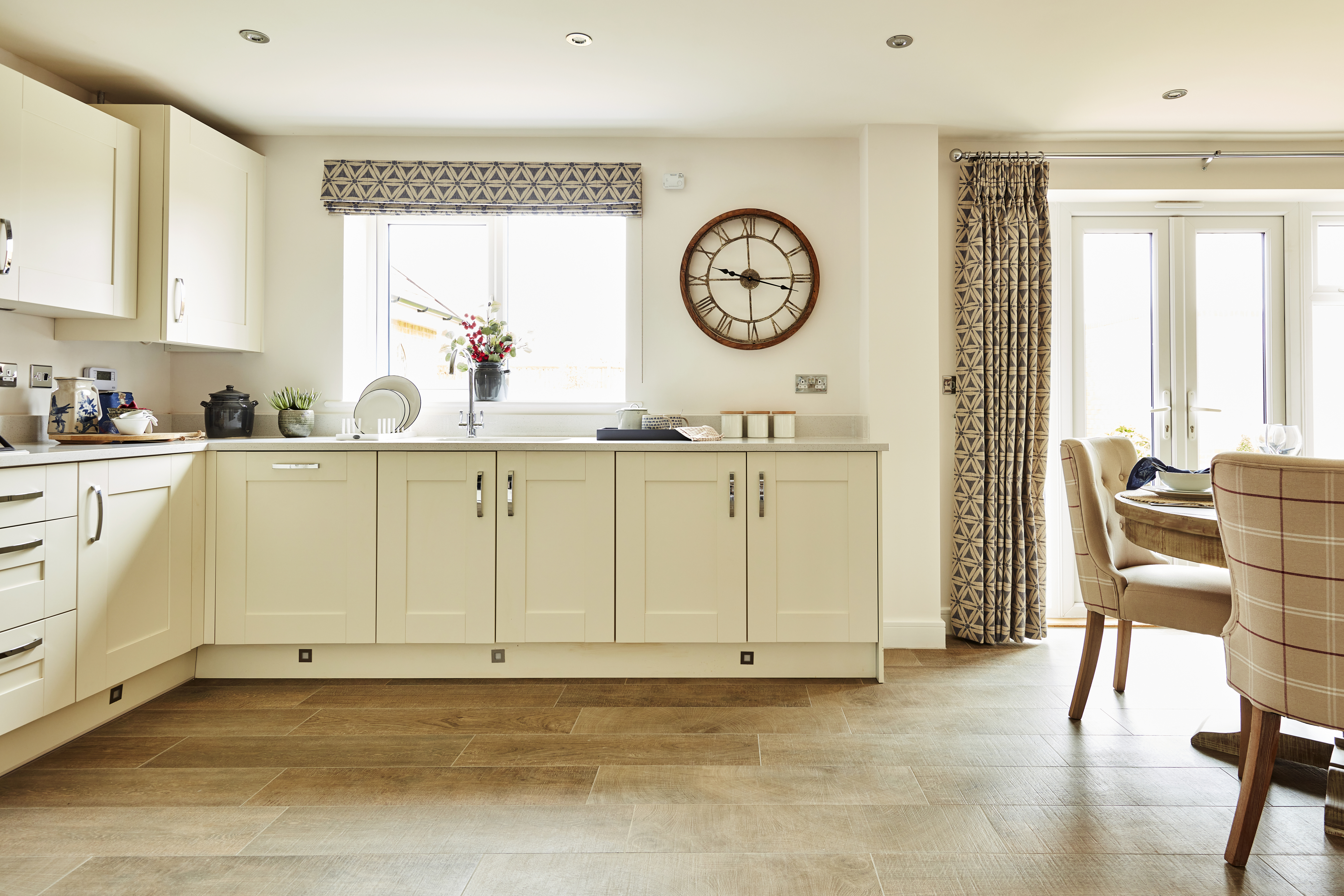 TW Mids Tudor Gate_Stratford upon Avon_NA46_Ransford_Kitchen_Dining