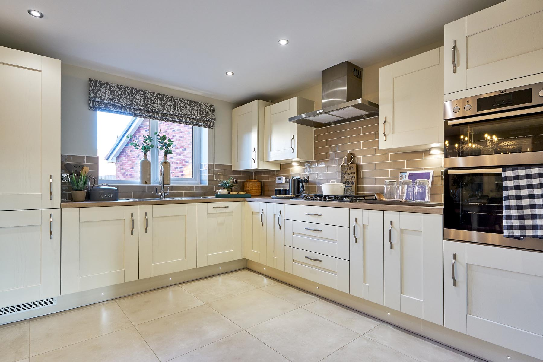 Wheatfield Manor - Heydon - Kitchen