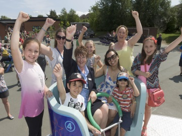 Taylor Wimpey supports Northburn Primary Summer Fair web