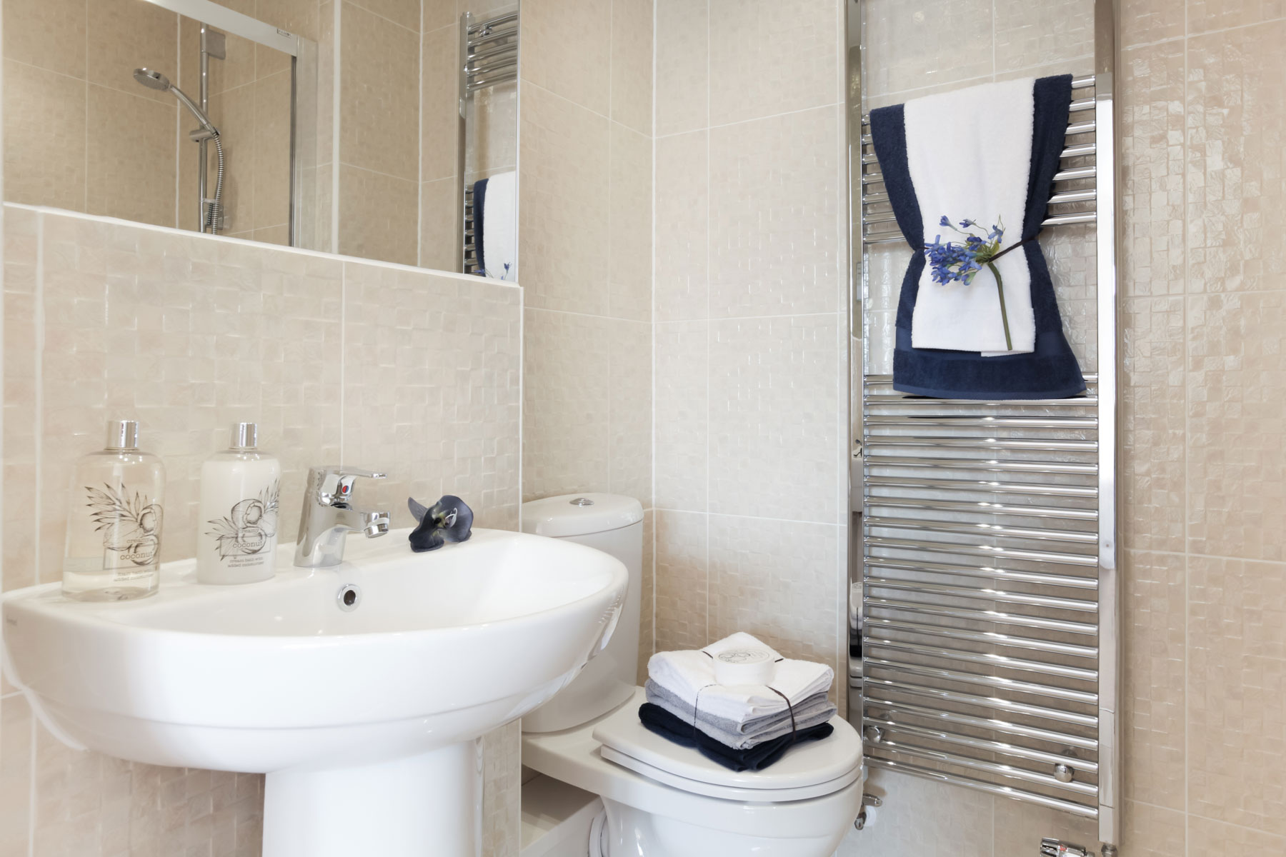 Ashbury en suite