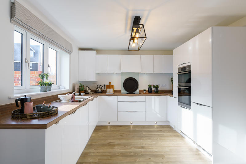 Wilton kitchen - Vale View at Willow Lake Buckinghamshire