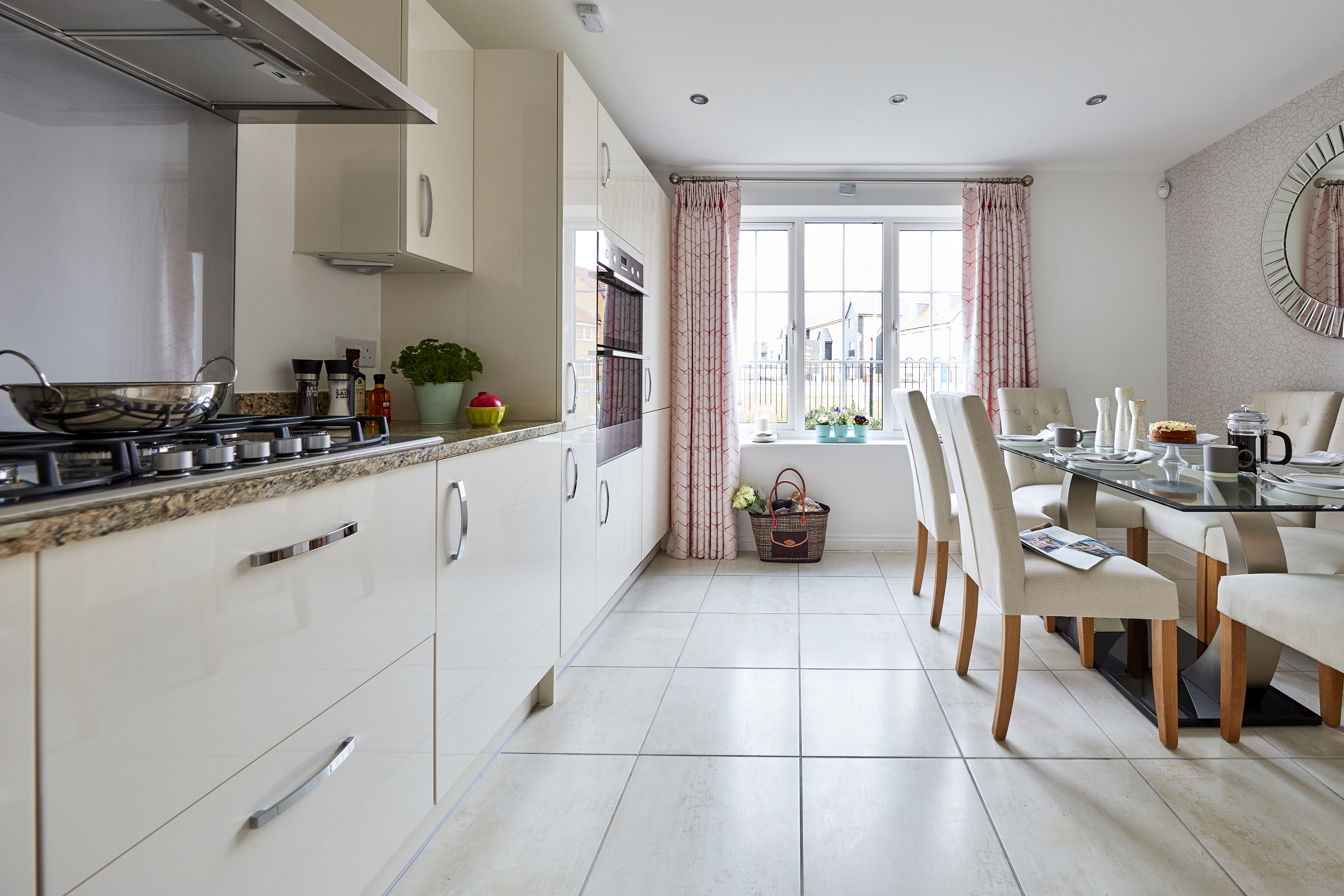 TW Bristol_Brunel Rise_Didcot_PA43_Monkford_Kitchen_Dining
