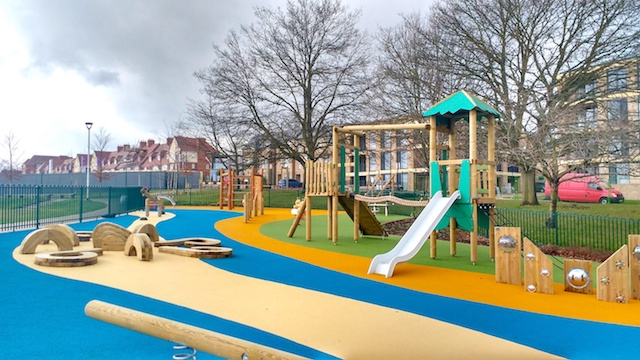 MIL Panoramic Park playarea 004