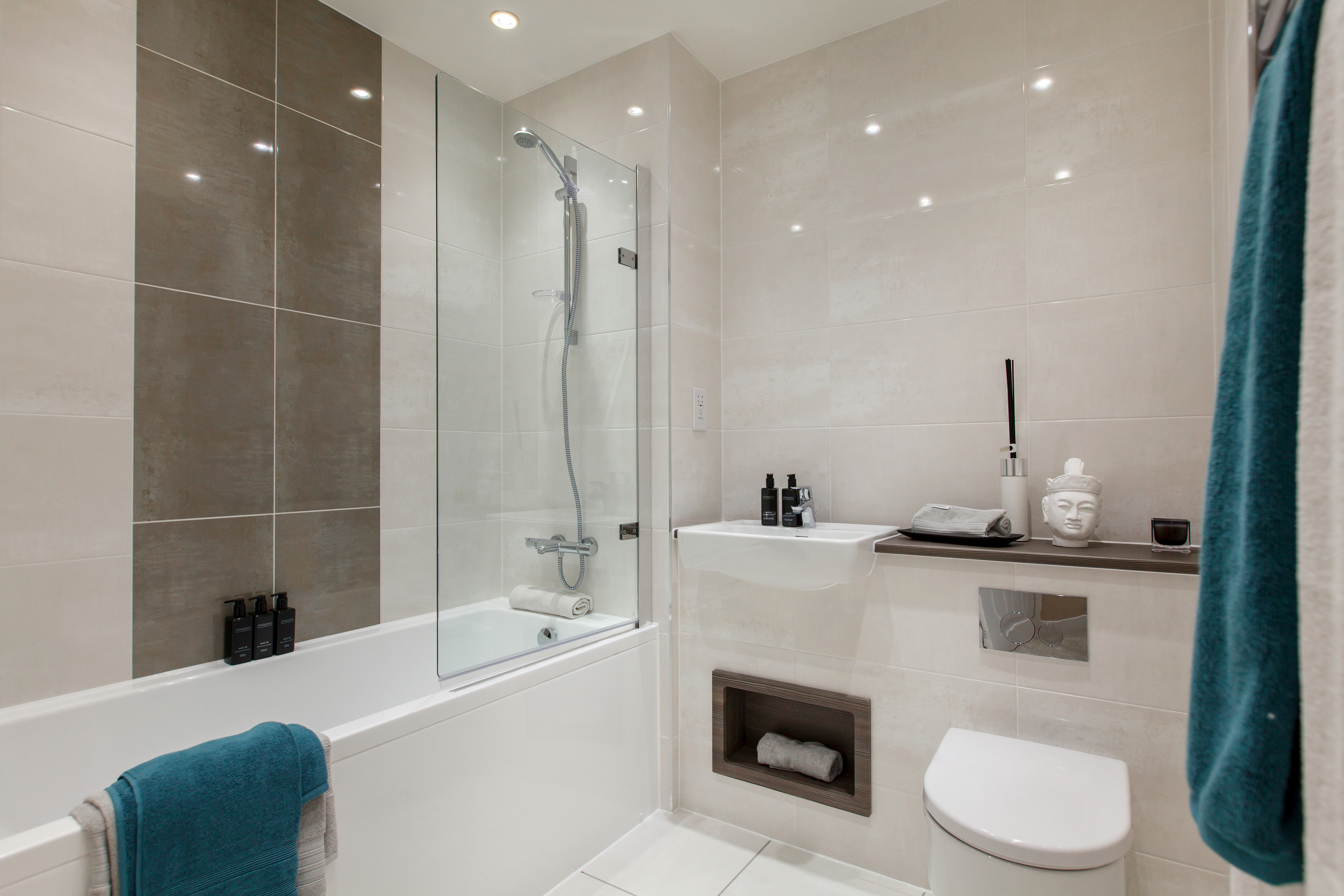 TW_NT_Millbrook Park_2 Bed Apartment_Bathroom_1