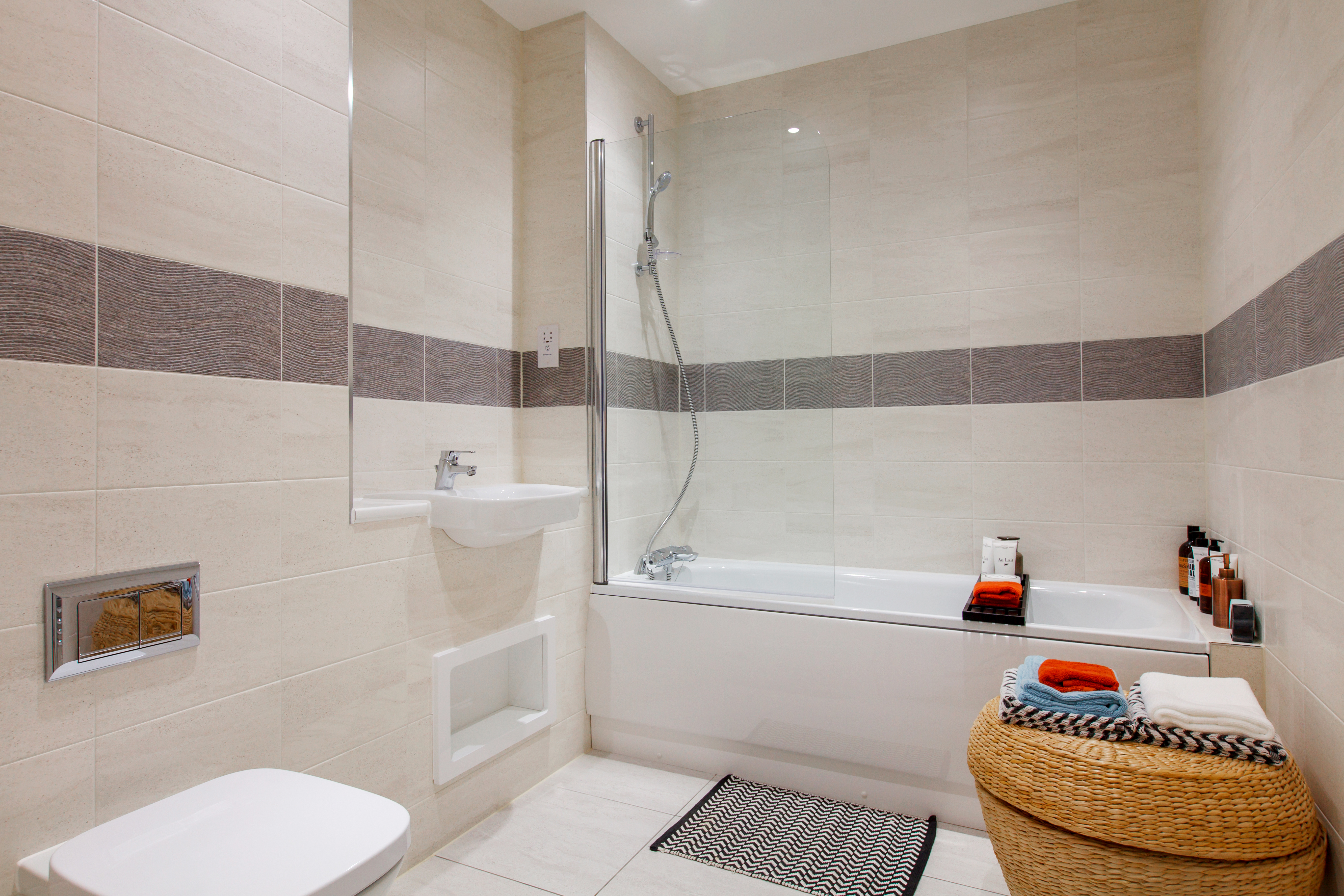 TW_NT_St Georges Square_Maven_Bathroom