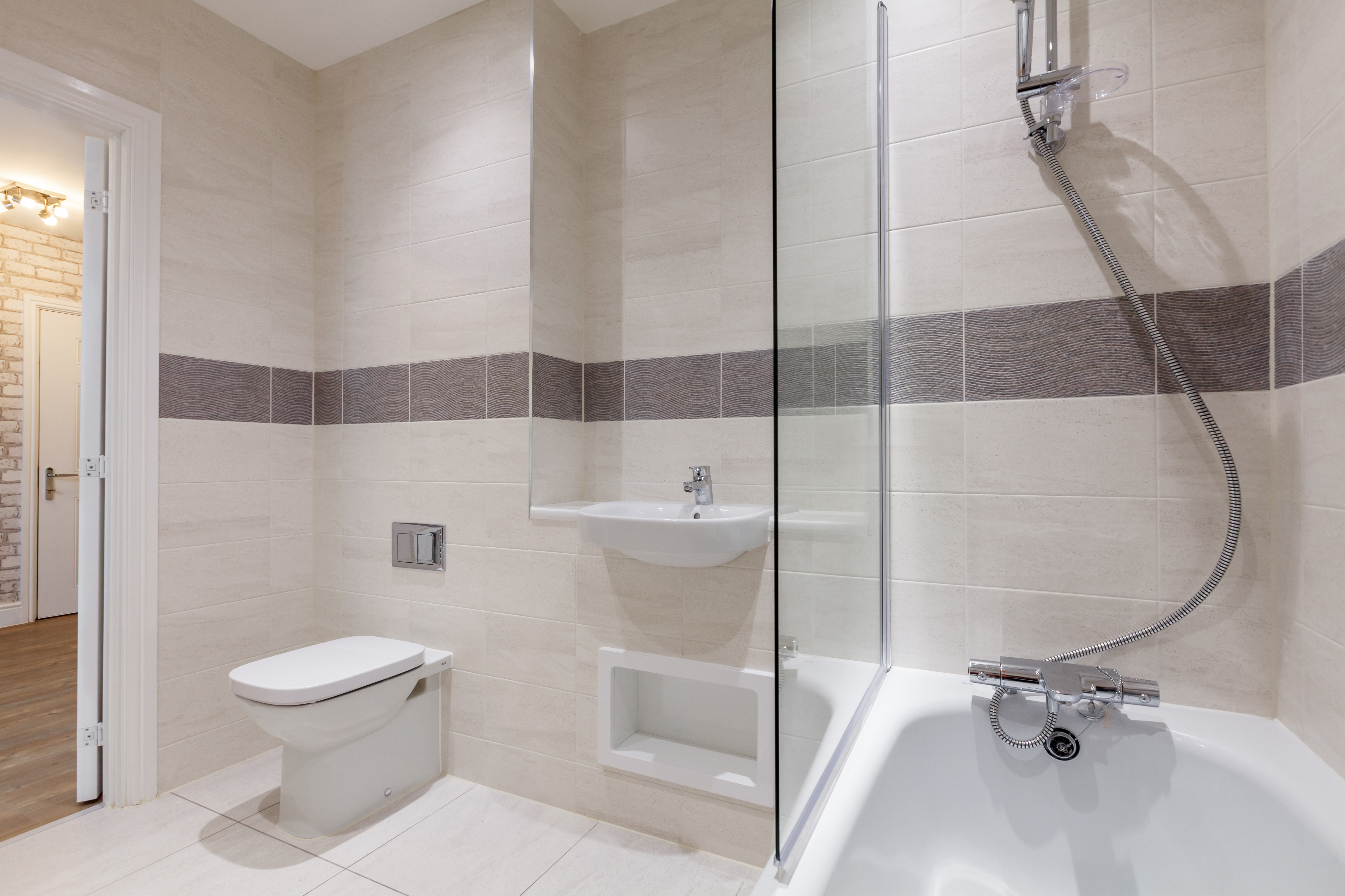 TW_NT_St Georges Square_Maven_Bathroom_2