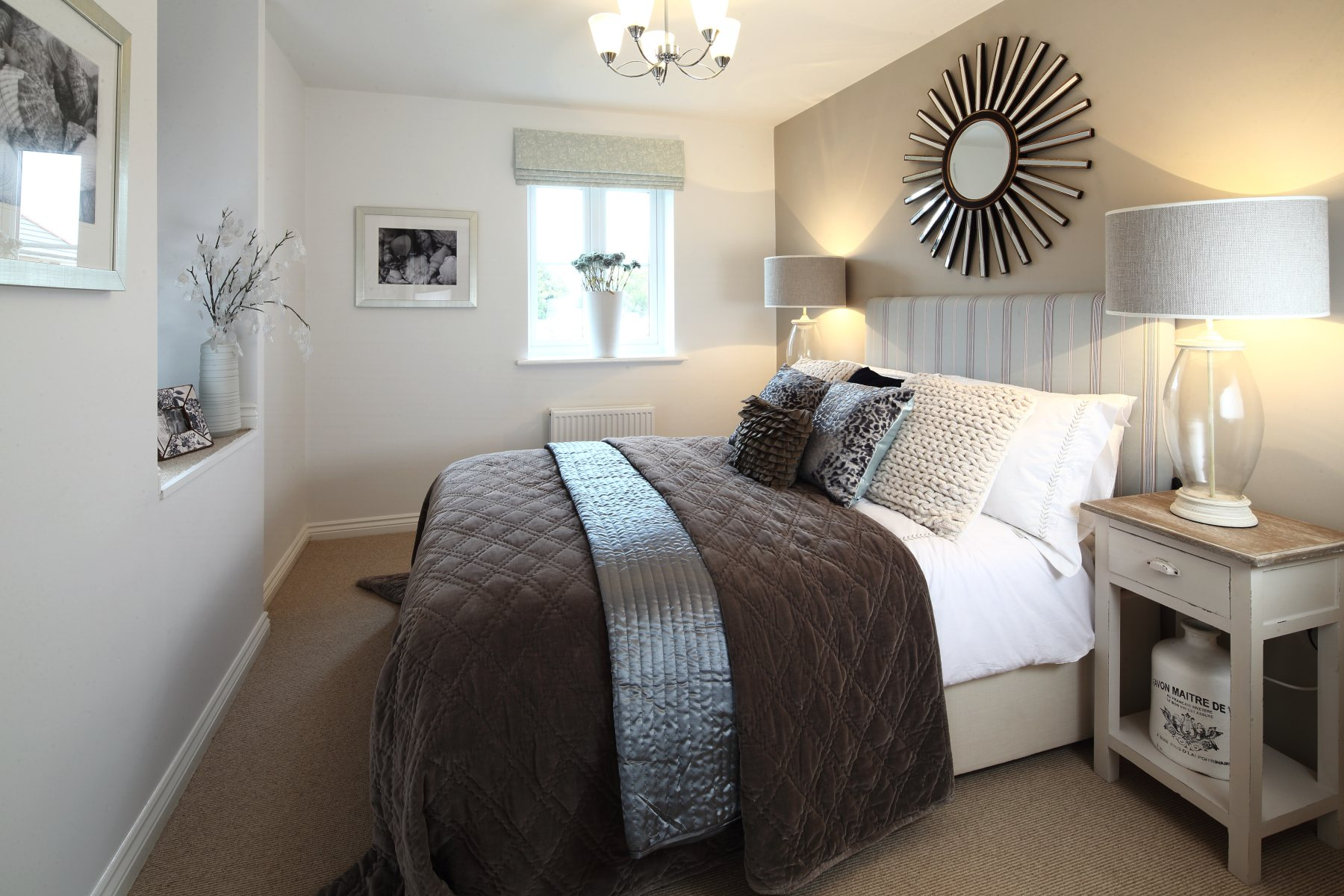 Bradenham double bedroom (2)