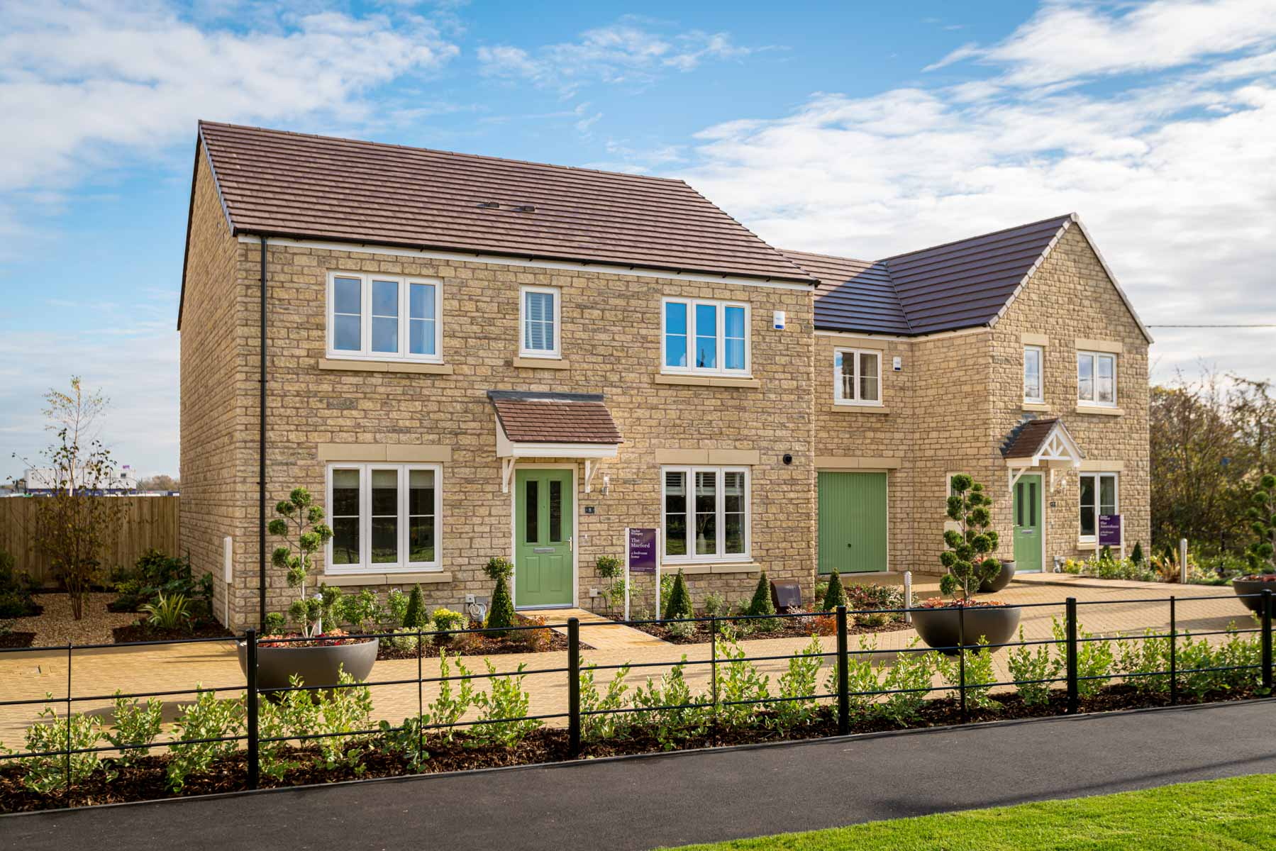 Bampton_Meadows_Marford_External_Front_Web_1800x1200