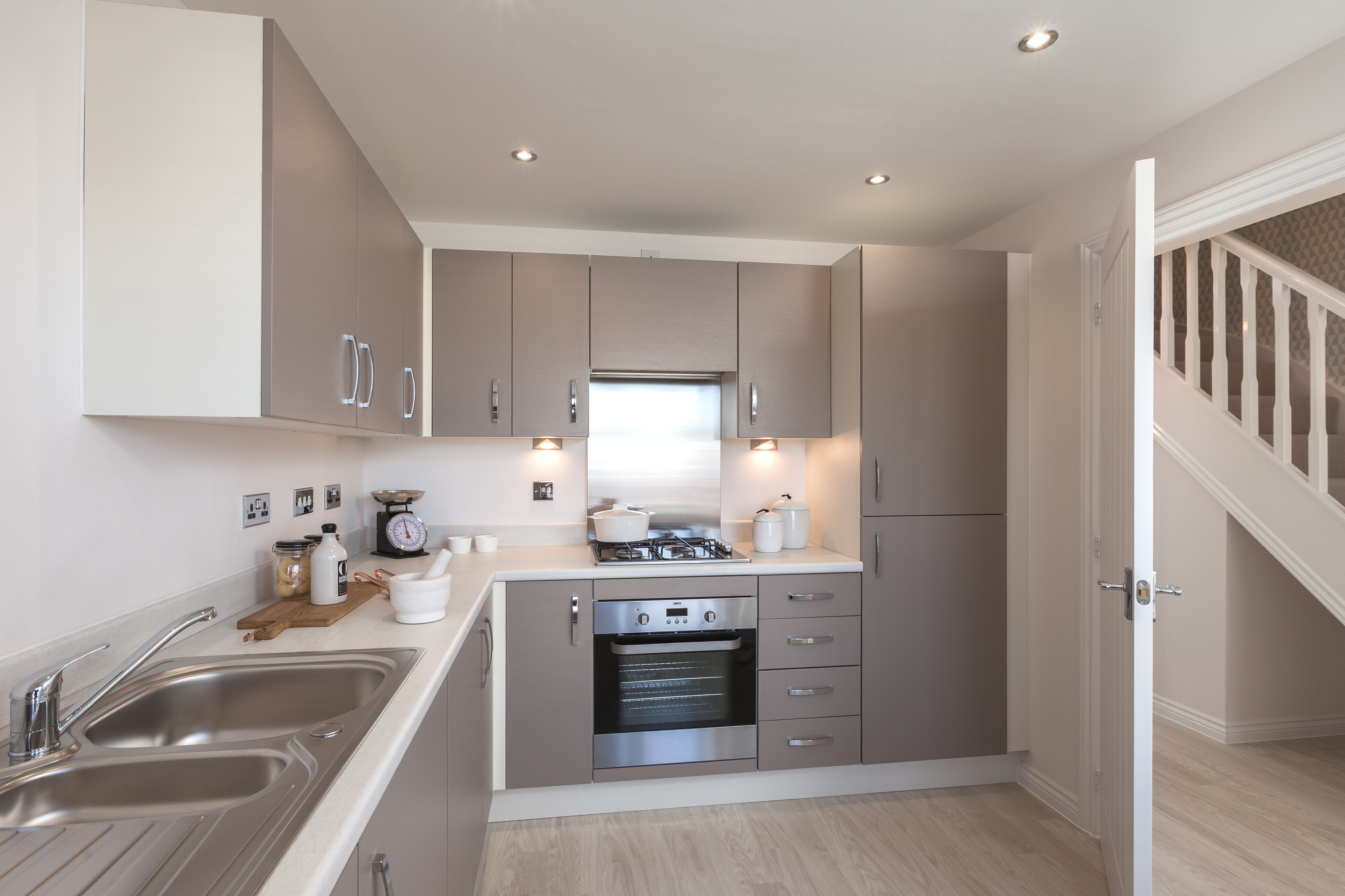 Flatford_Kitchen 1