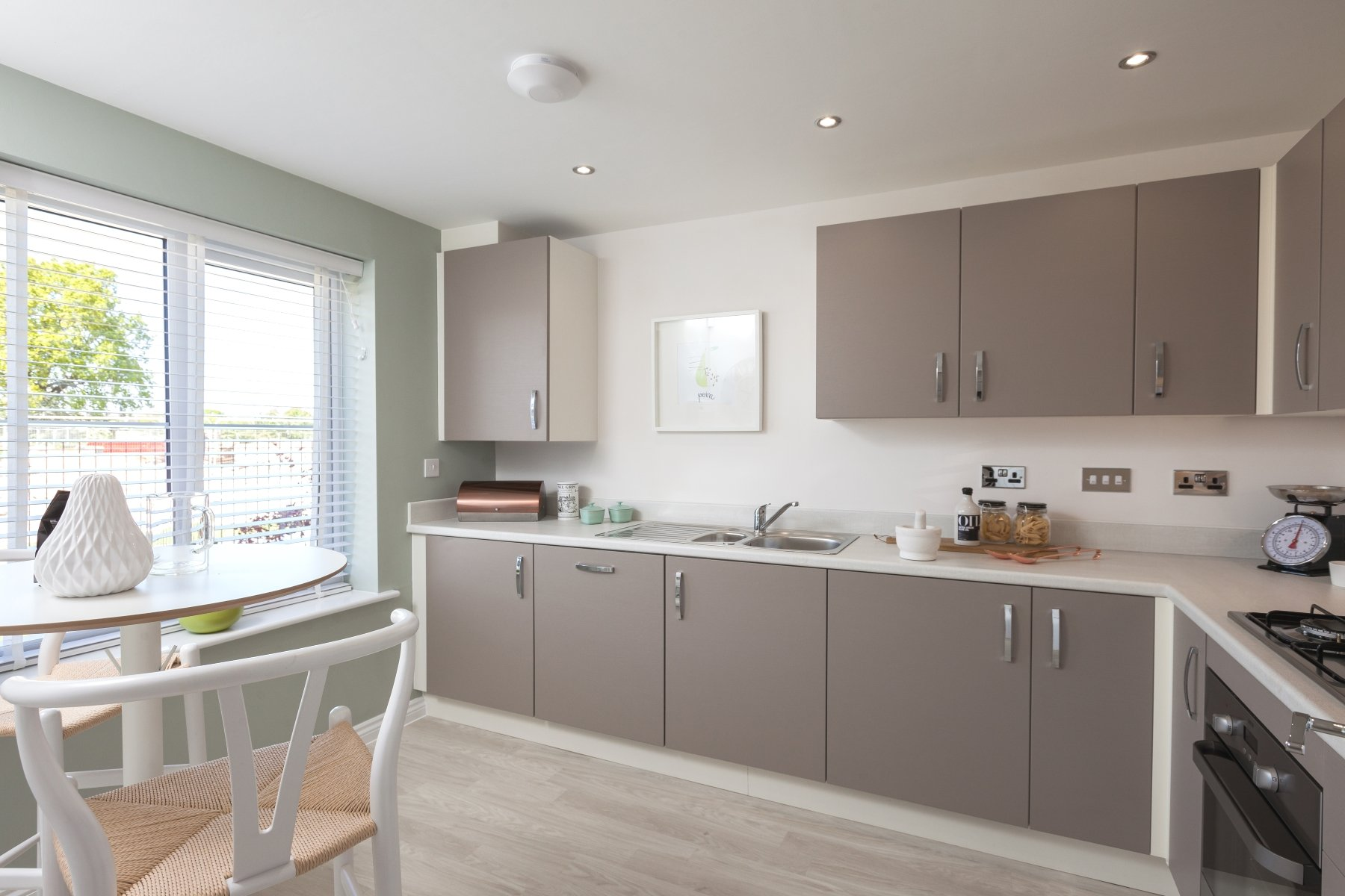 Flatford_Kitchen 2