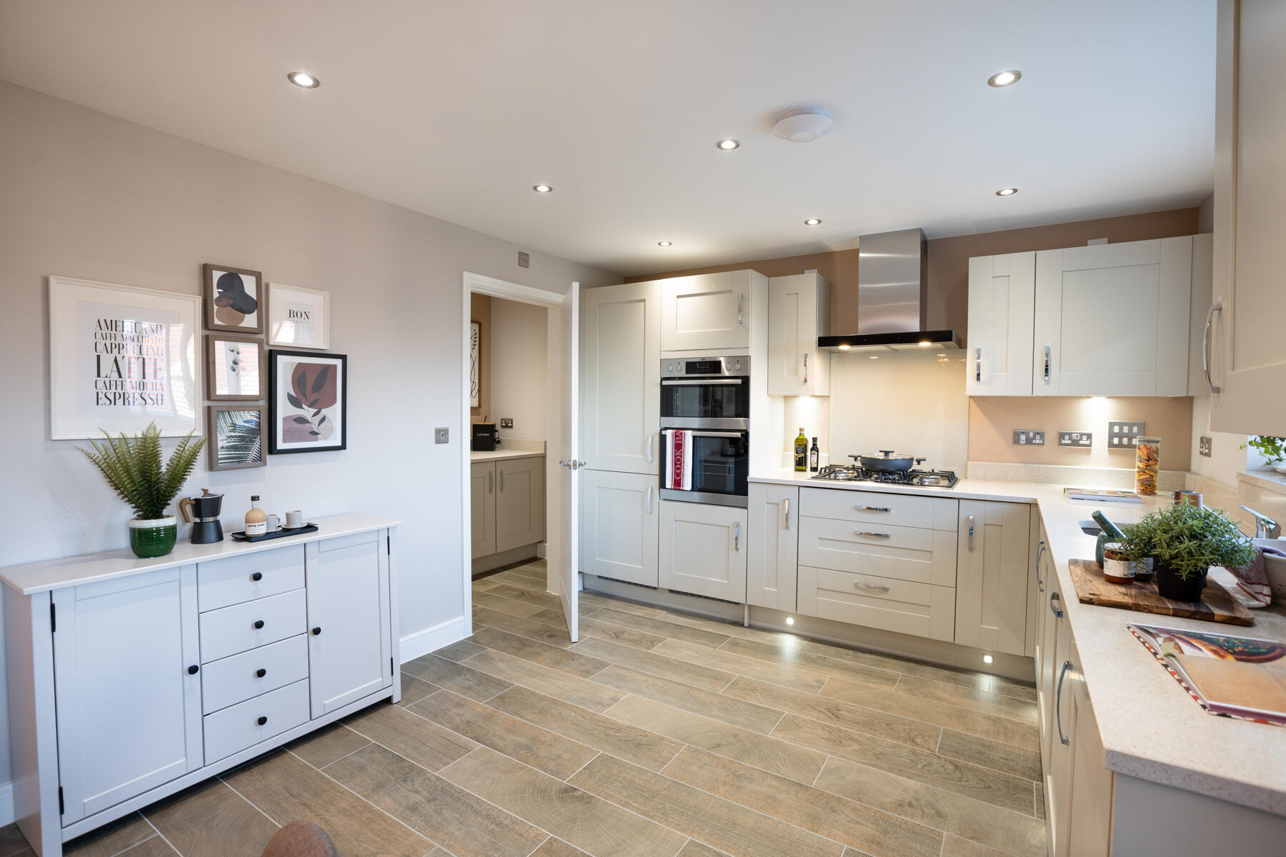 TW EX_Mountbatten Mews_PA44_Midford_Kitchen 2_1800x1200