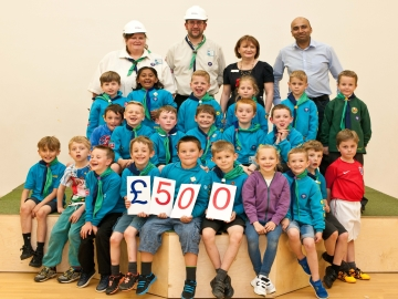 SE - Taylor Wimpey - donation to Beavers and Cubs at the 1st Repton