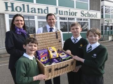 WEB Taylor Wimpey - Holland Junior School - Easter Eggstravaganza (1)