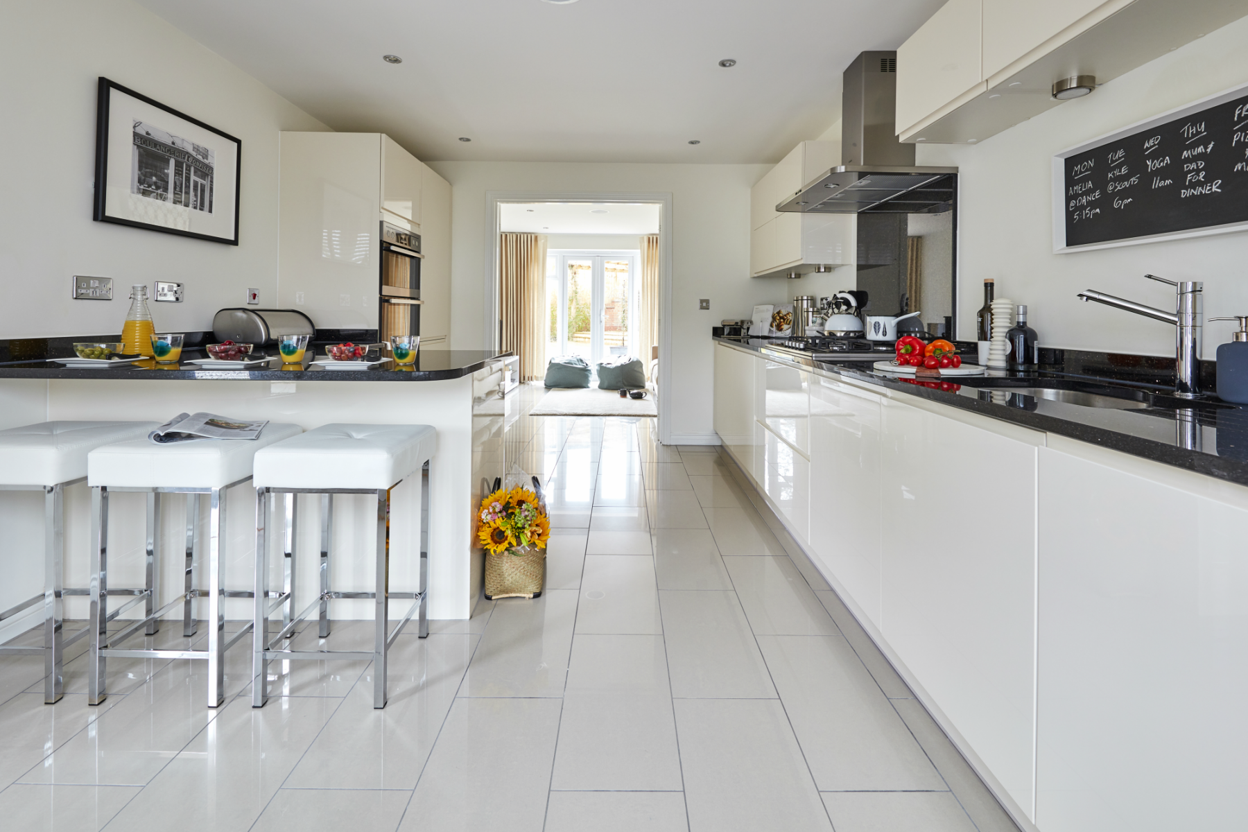 Webfile TWNWApplewoodGreenKelsall_PA49_Thornford_Kitchen