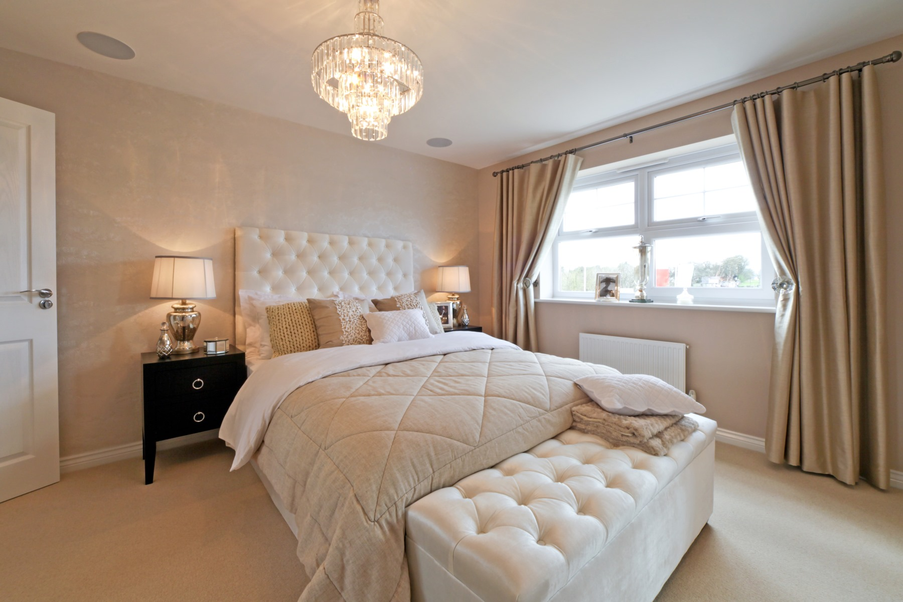 Eynsham Showhome Master Bedroom