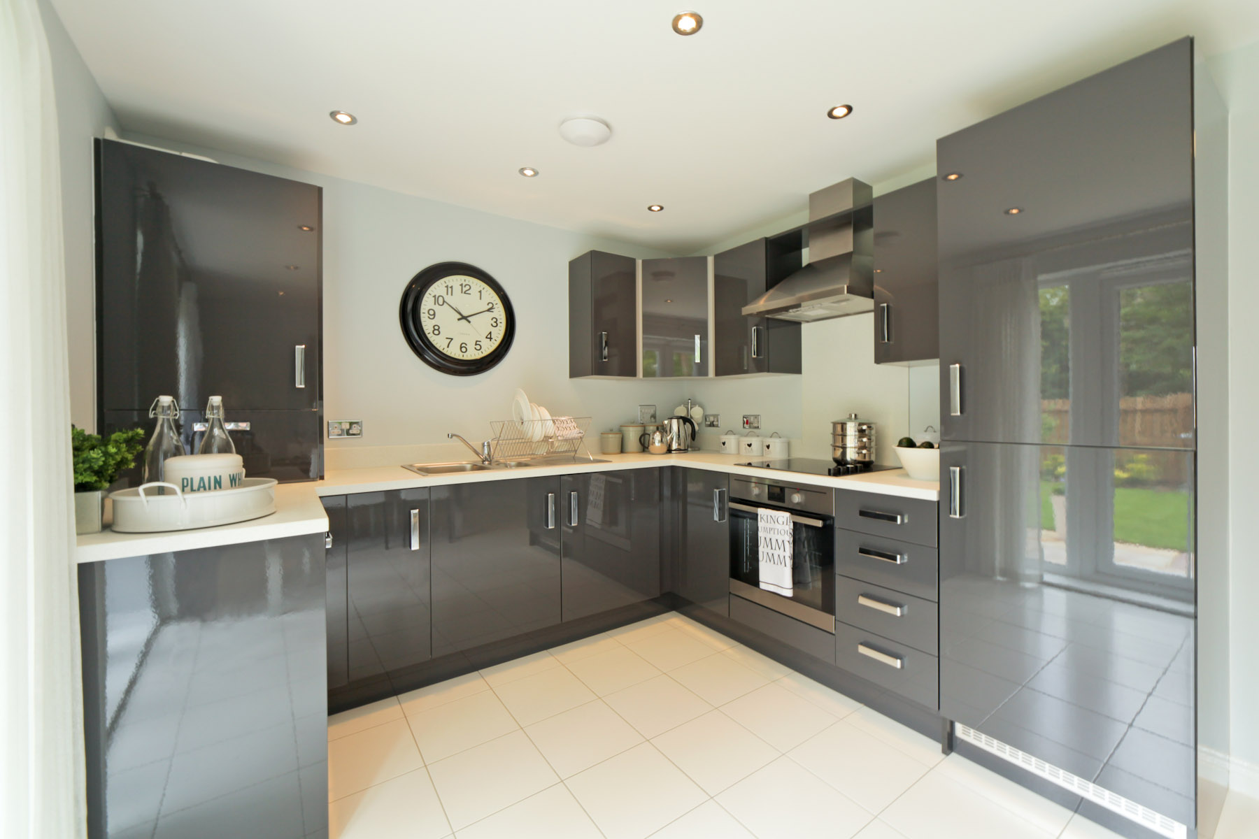 Cherry Tree Gardens Gosford example kitchen 2