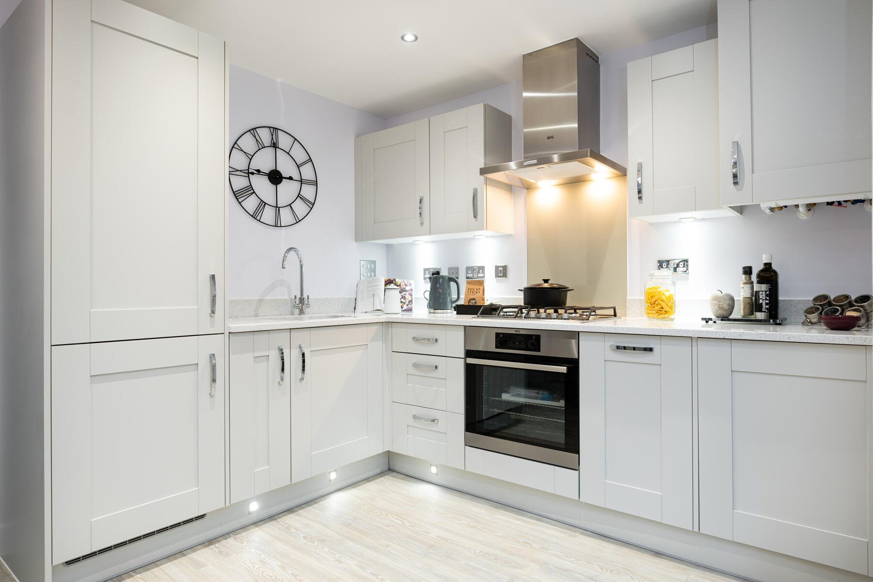 TW ST_Dukes Quarter_Longmoor_Kitchen 2_1800x1200