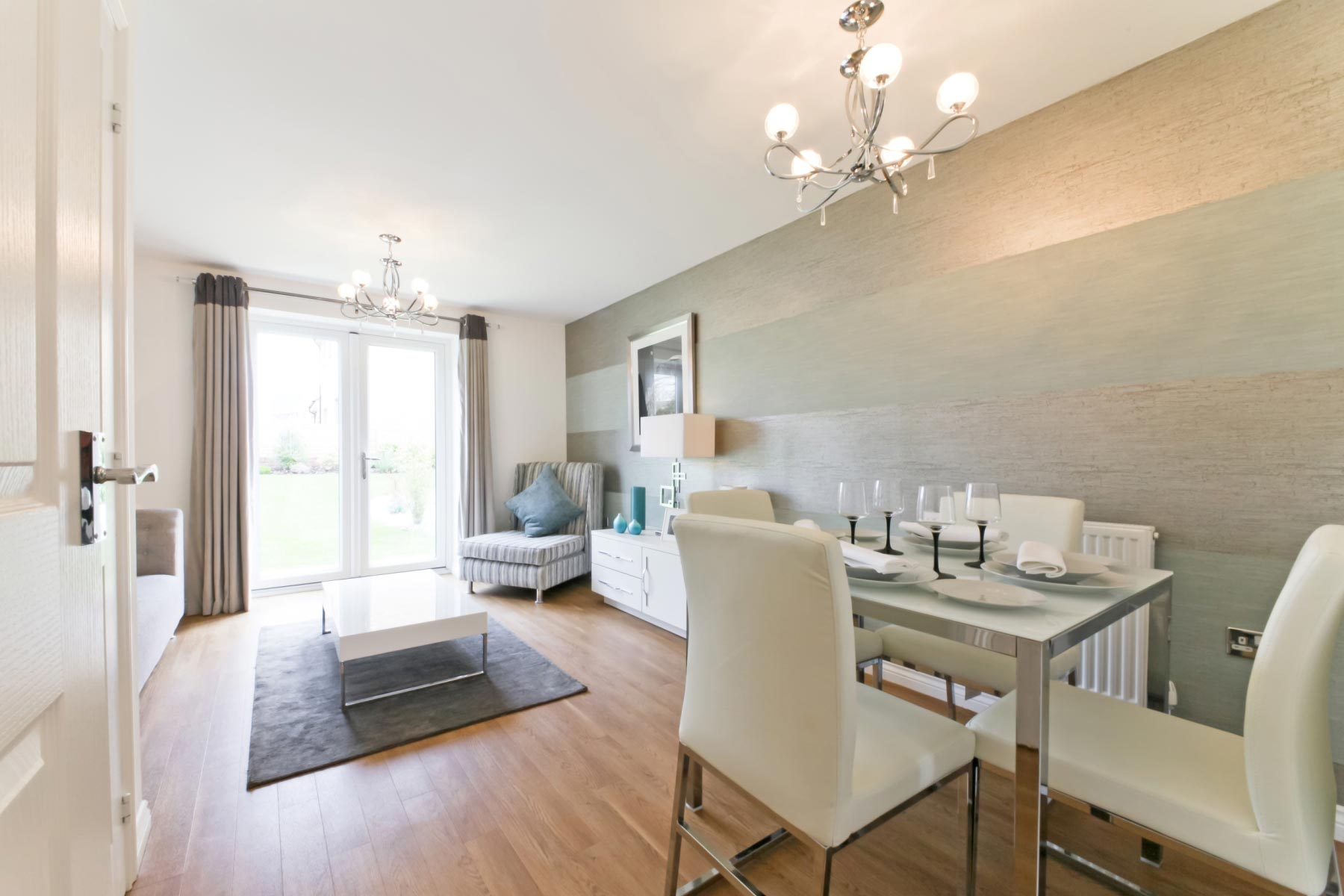 Taylor Wimpey - Typical living/dining room