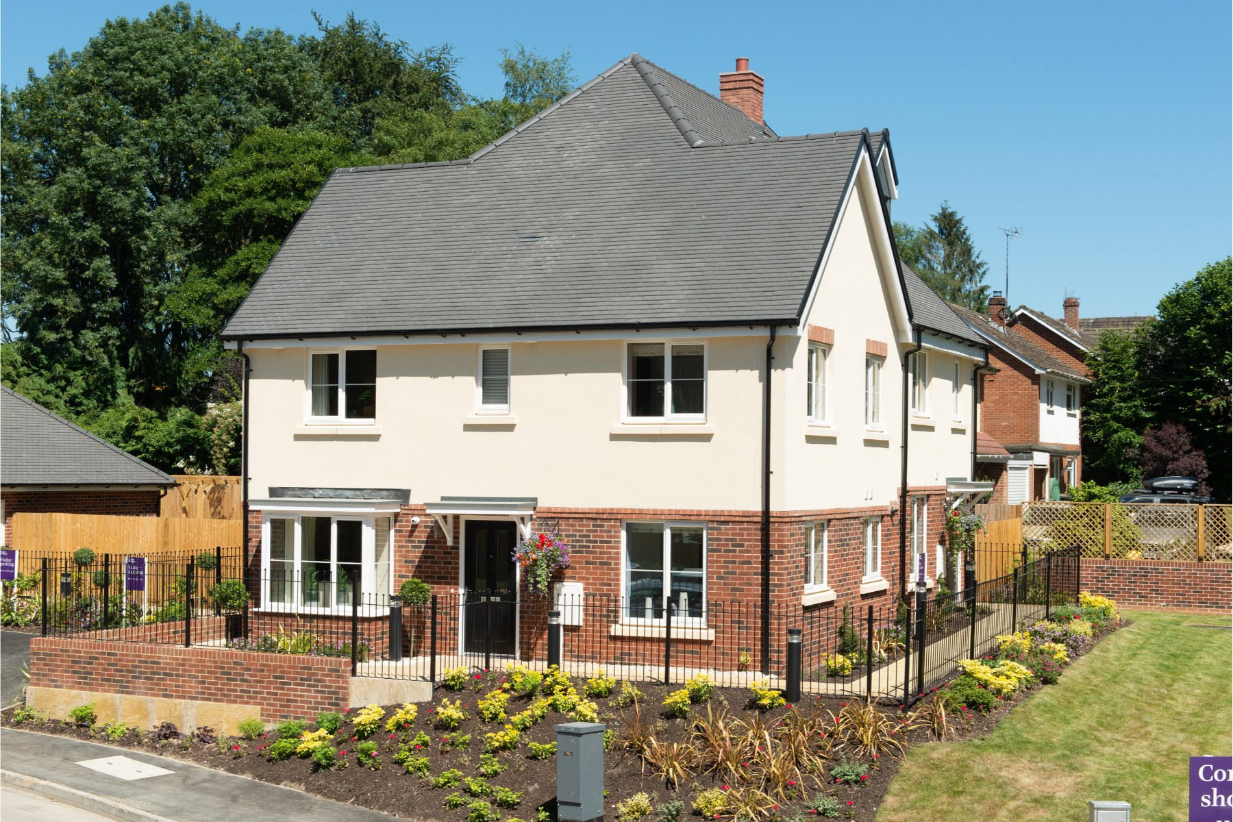 External photography of Easedale show home at Oak Park