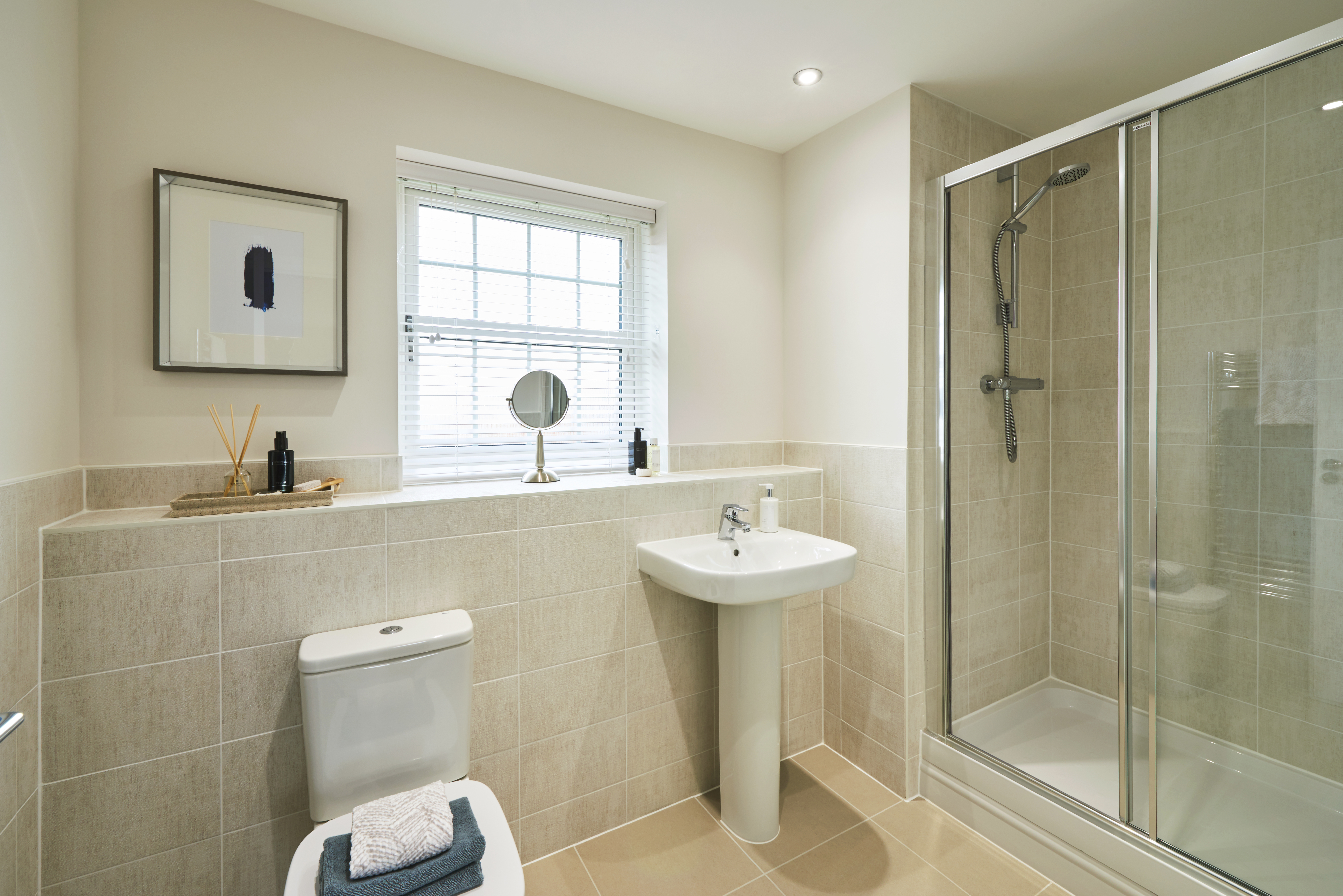 The Wilton_Orchard Rise_Master En Suite
