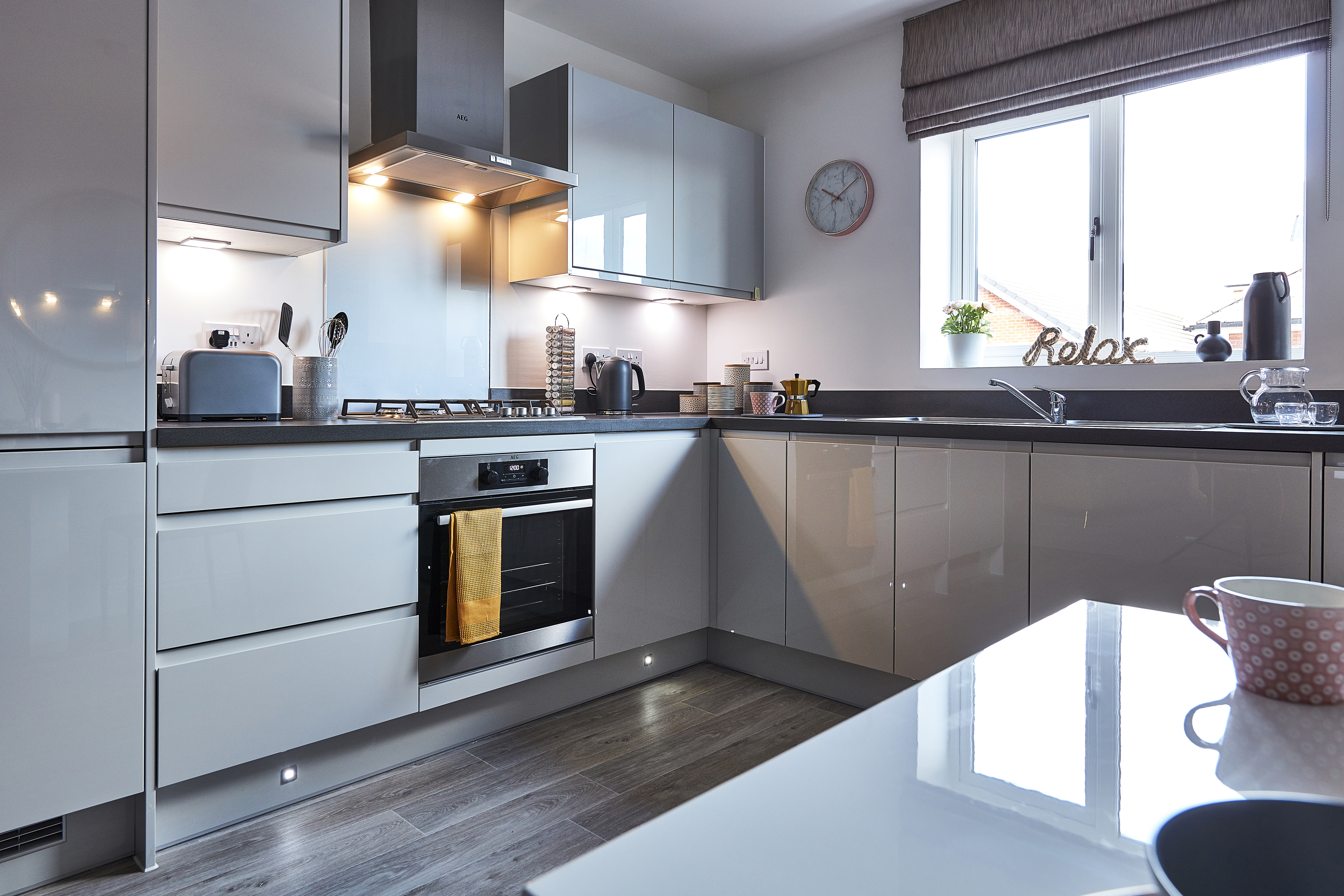 TW WL Croft Garden_Spencers Wood_plot 665 _2 bed apartment_Kitchen