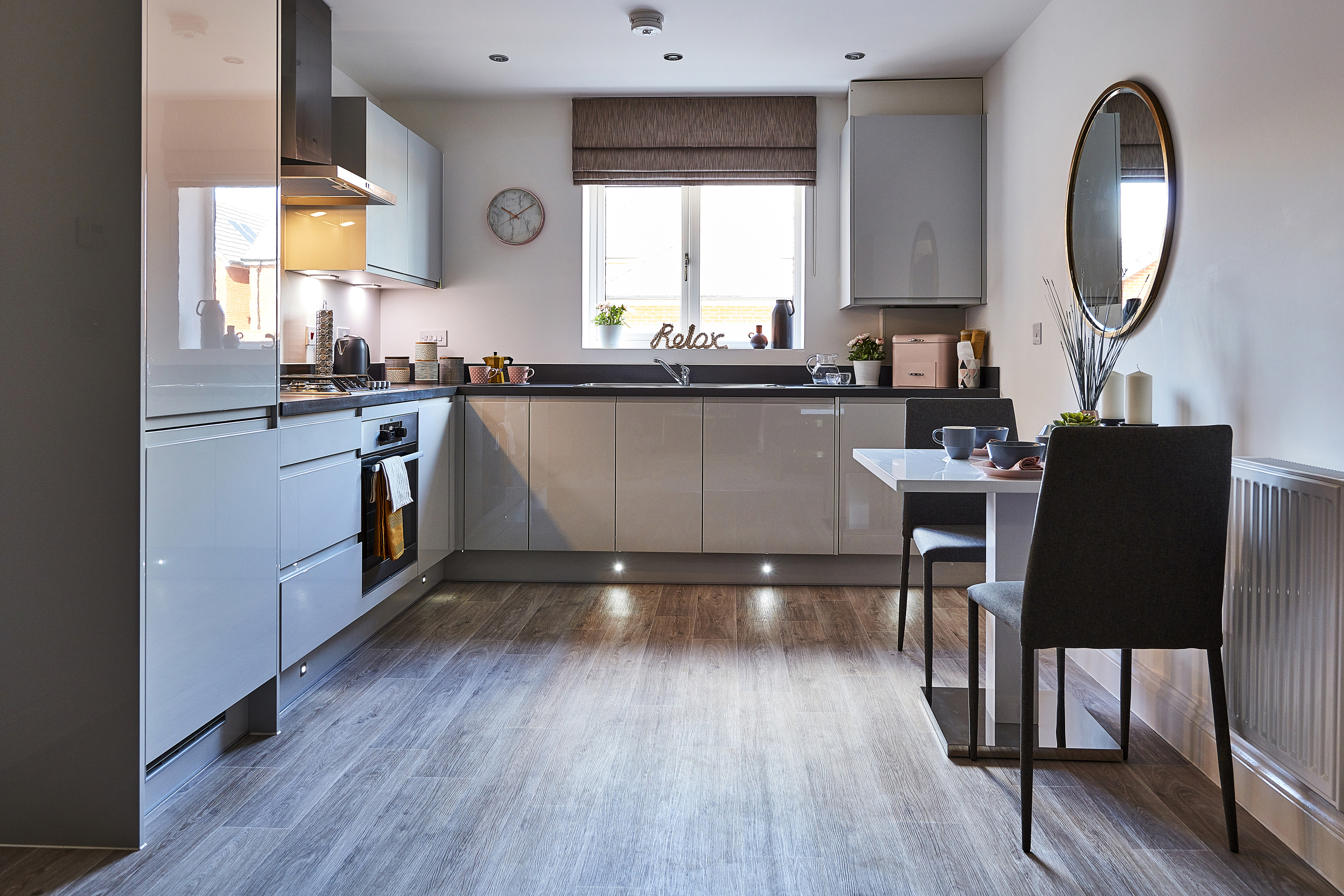 TW WL Croft Garden_Spencers Wood_plot 665 _2 bed apartment_Kitchen_Dining