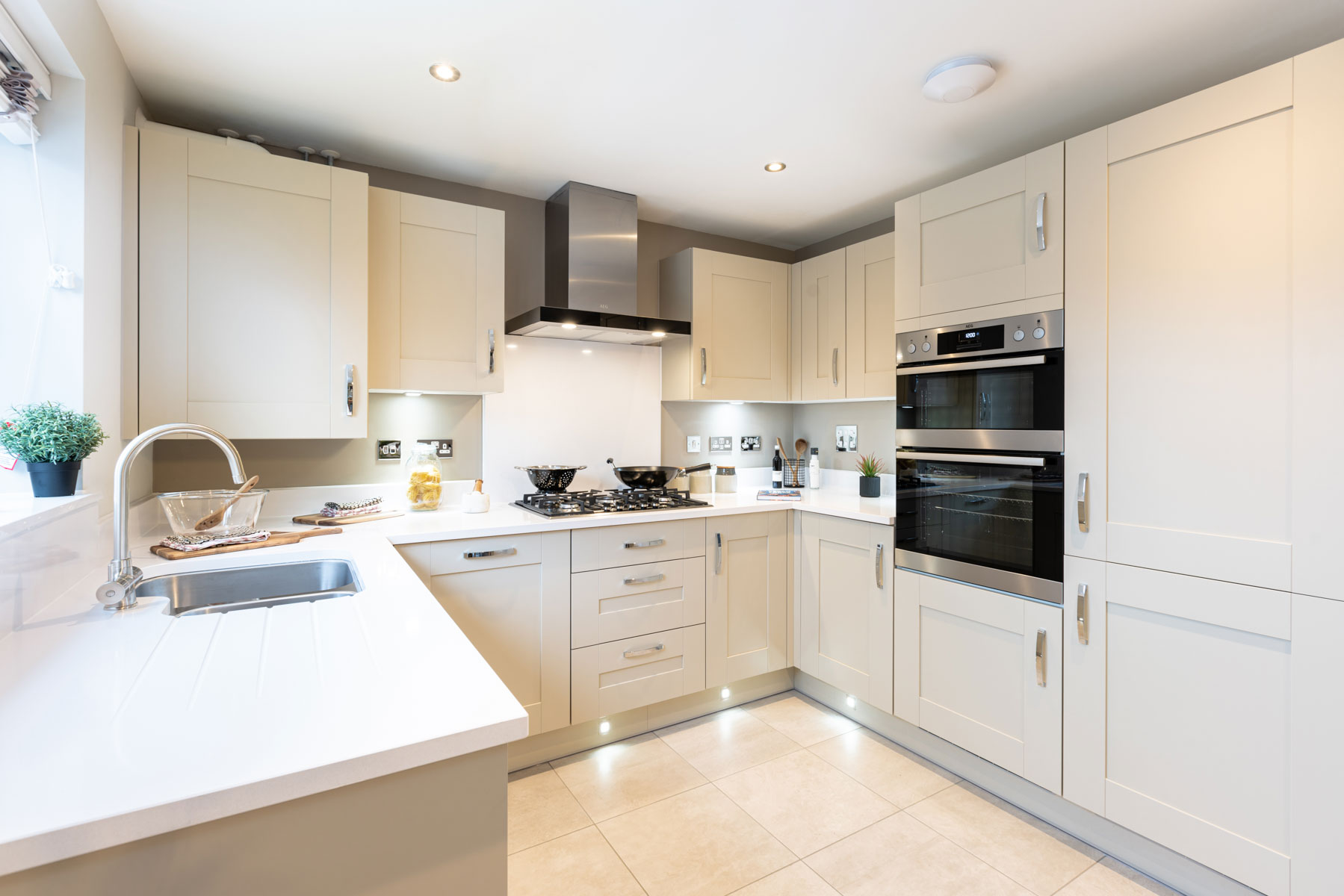 TW WL_Green Lane Meadows_Luxford_Kitchen 2