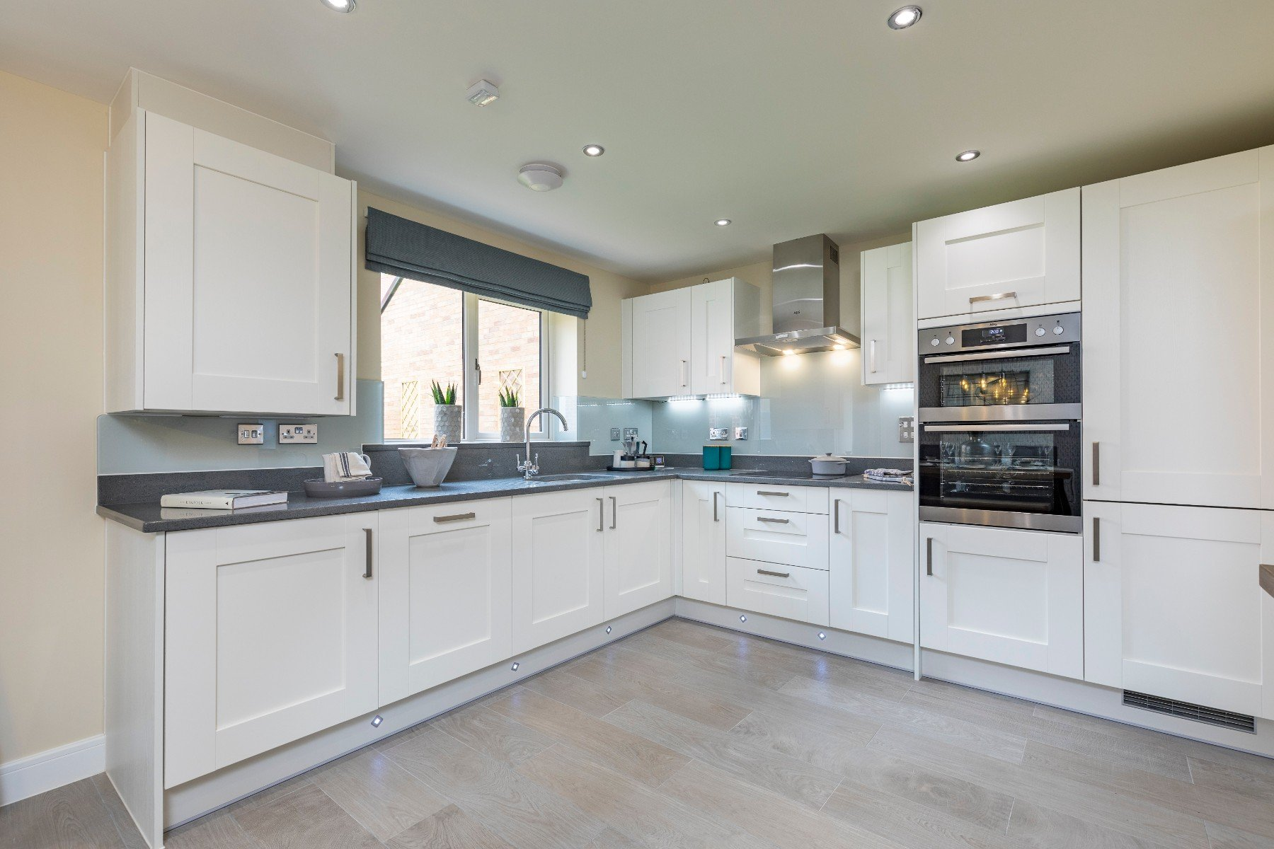 TWST - The Midford - Kitchen
