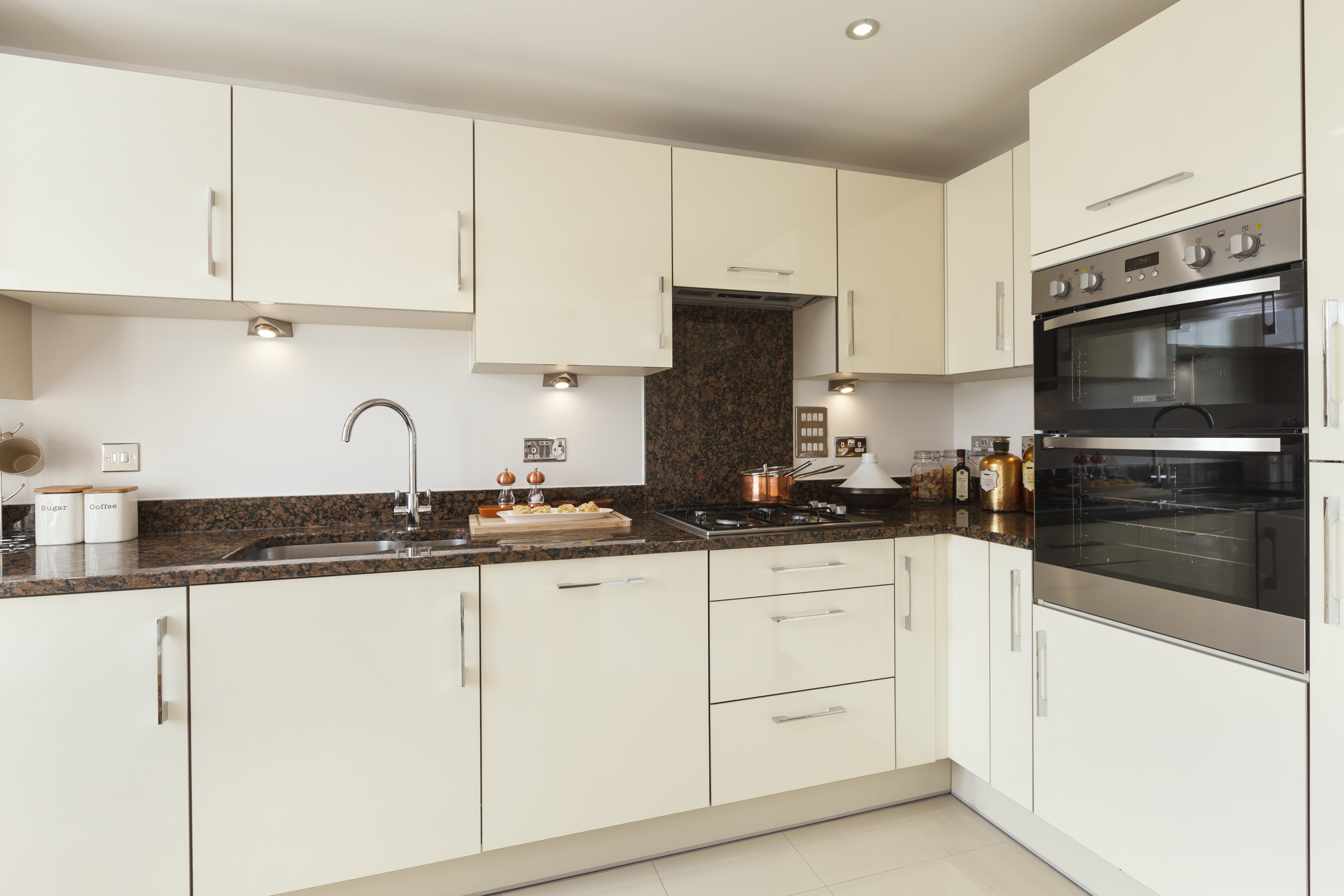 Use for Wardbury - TW SC_Barley Grange_BP30_Ashton G_Kitchen 2
