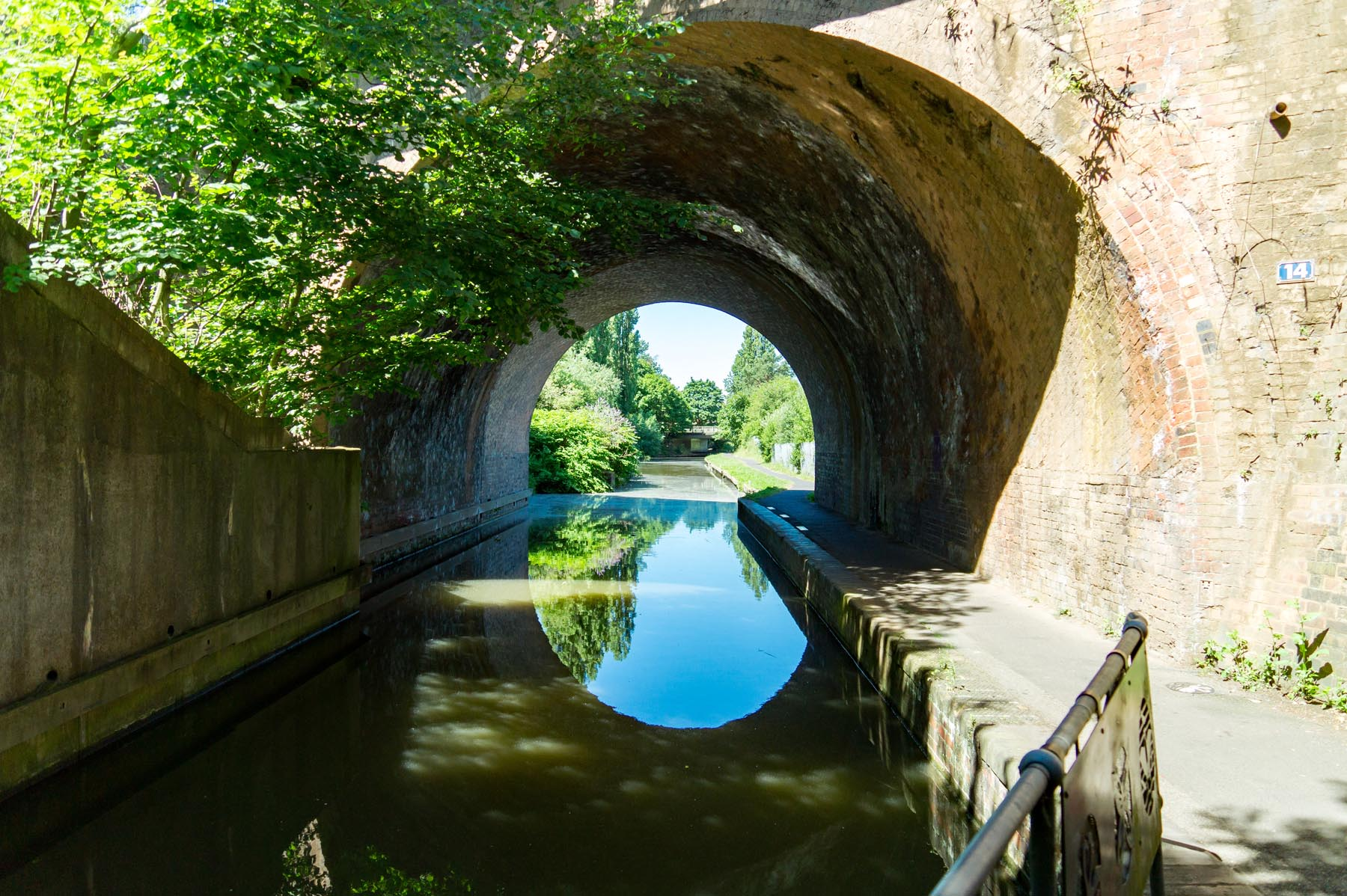 canal - Mapple-Coppice-locationshots-106