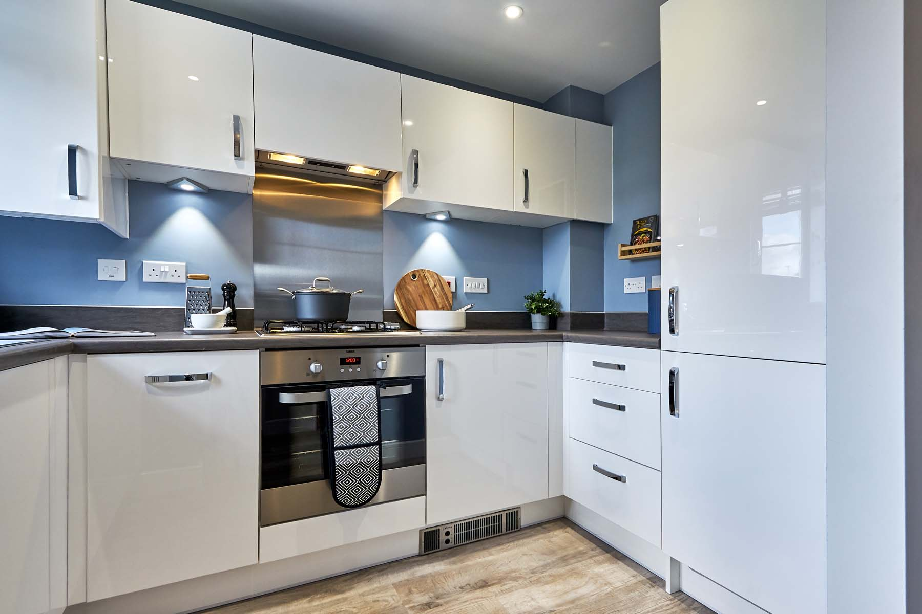 Beckford kitchen corner TWWM-LygonGreen-Becksford-SH-photography-Mar20