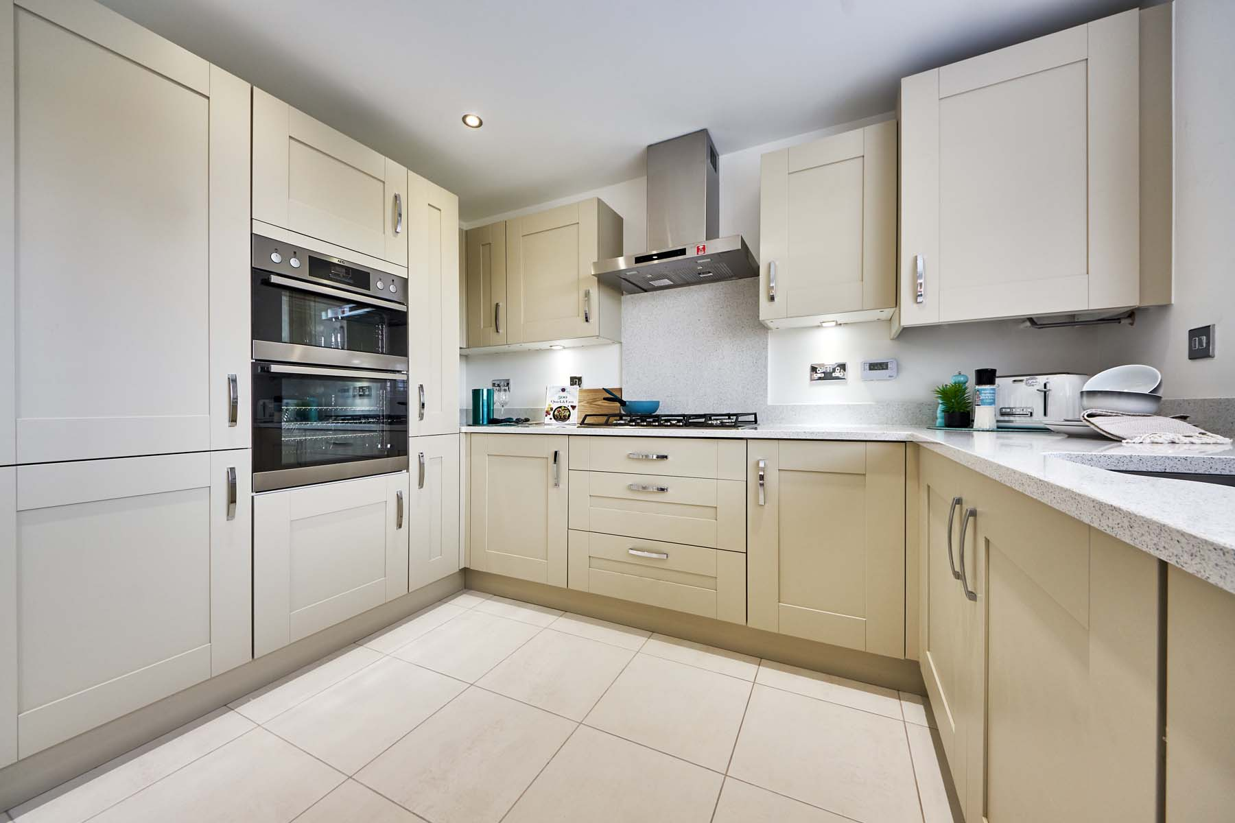 Shelford kitchen 1a-showhome-11