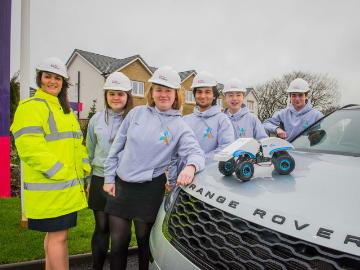 NEWS - TWWS - Woodfarm High School  Land Rover competition